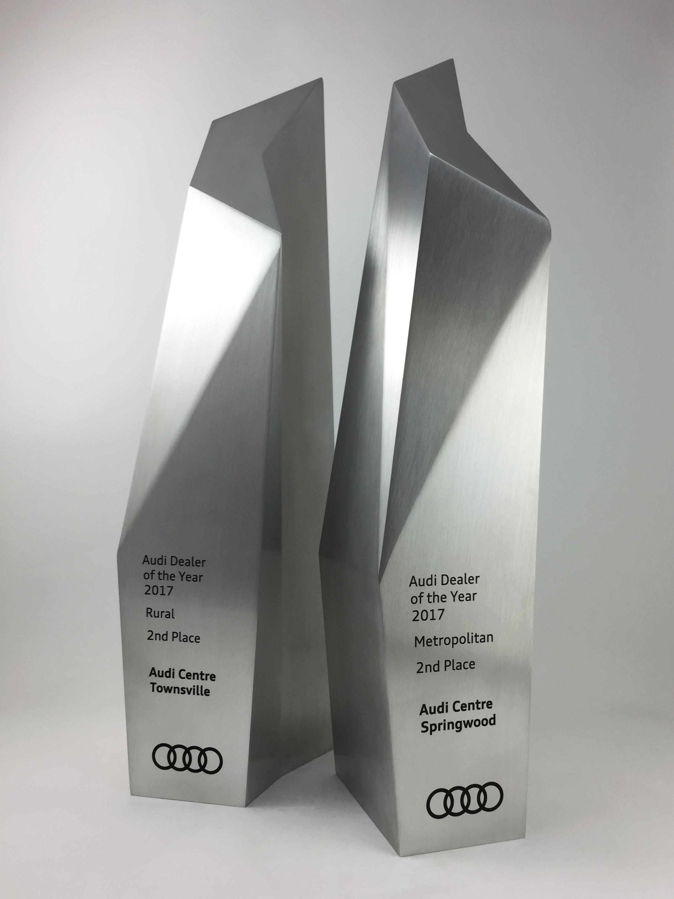 audi-metal-art-sculpture-award-trophy-05.jpg