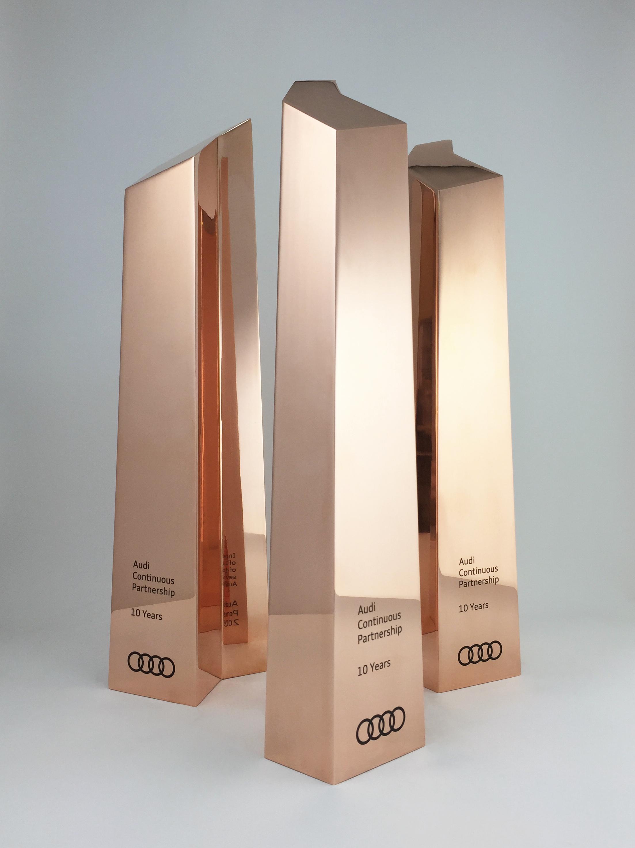 audi-metal-art-sculpture-award-trophy-06.jpg