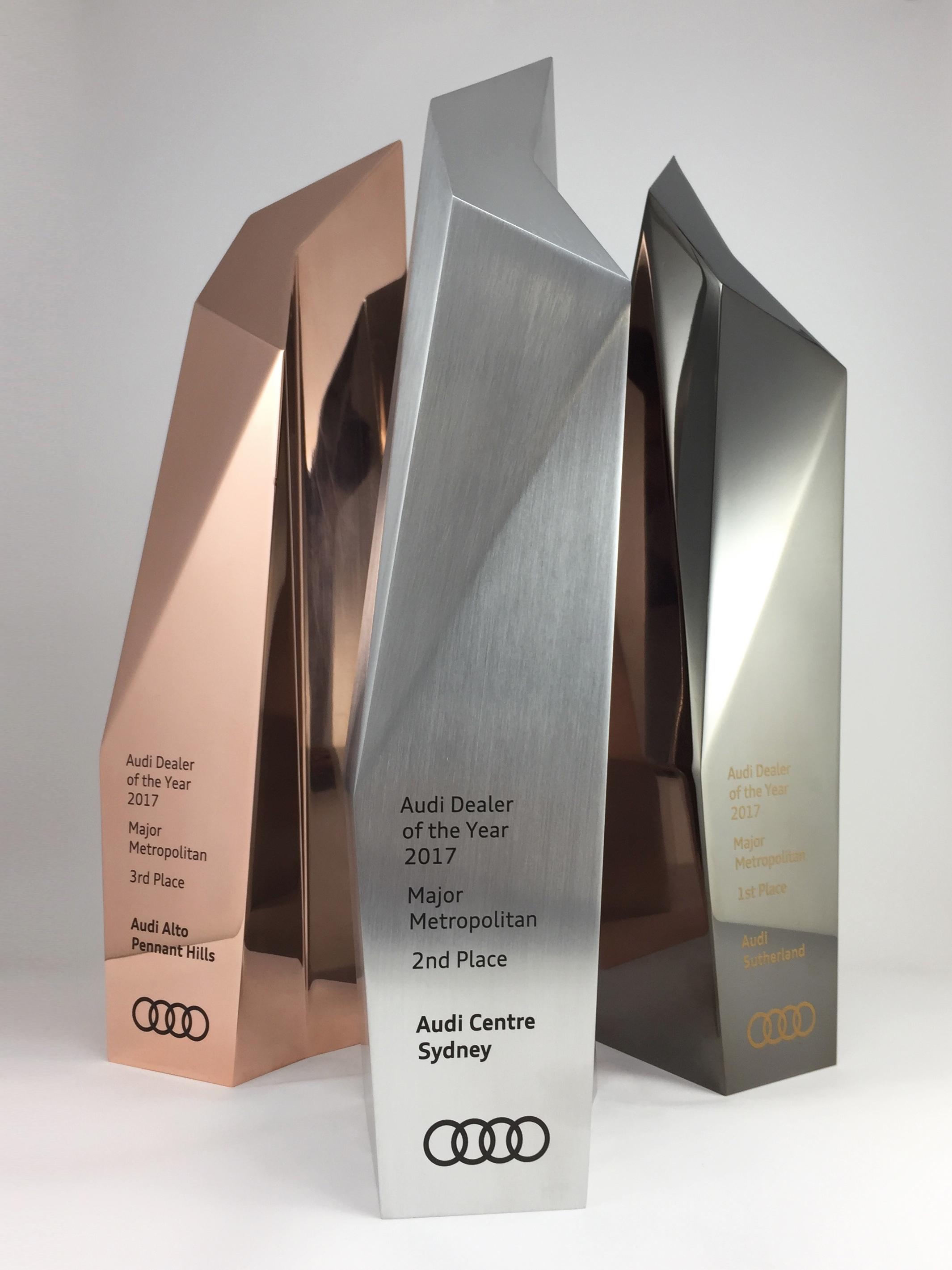 audi-metal-art-sculpture-award-trophy-09.jpg