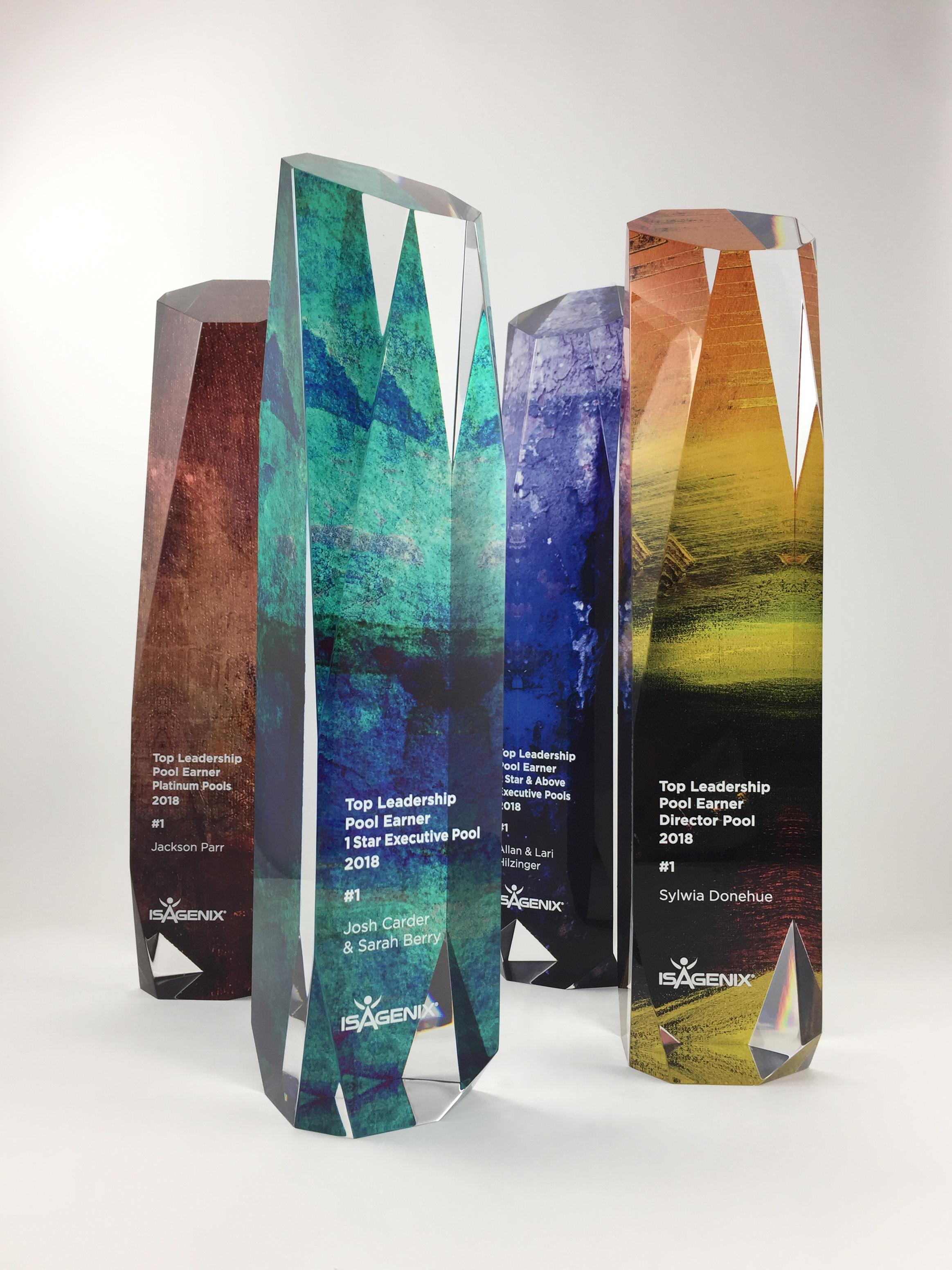 isagenix-leadershippool-acrylic-art-trophy-award-01.jpg