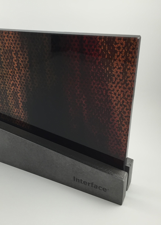 interface-corporate-gift-metal-glass-award-trophy-art-02.jpg