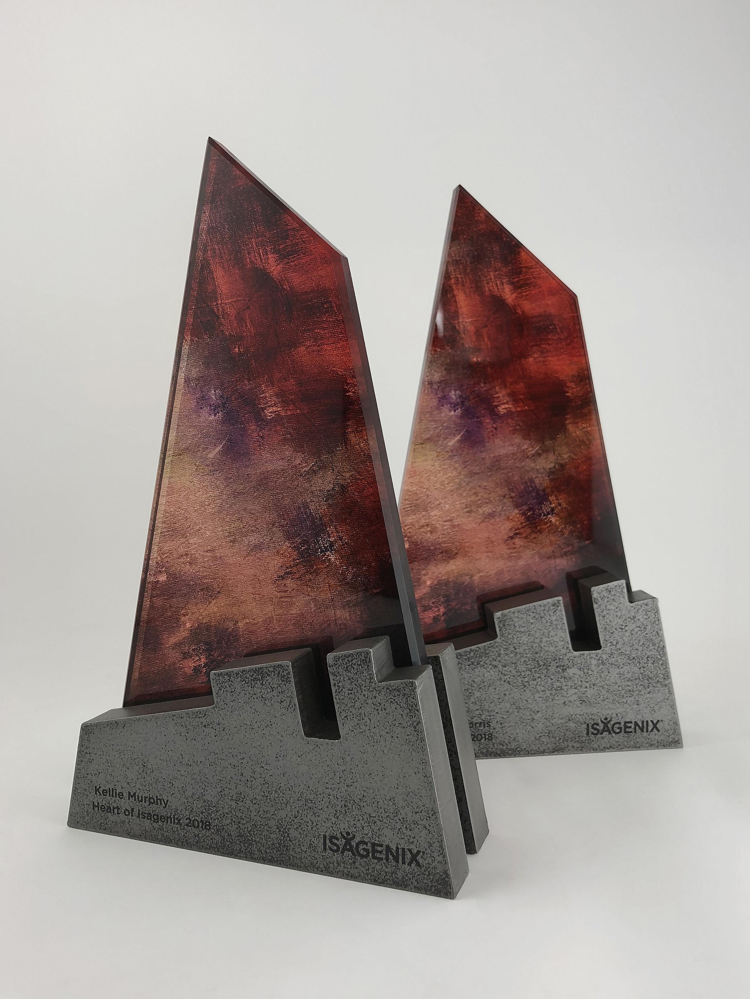 Heart-of-Isagenix-metal-glass-art-award-sculpture-trophy-01.jpg