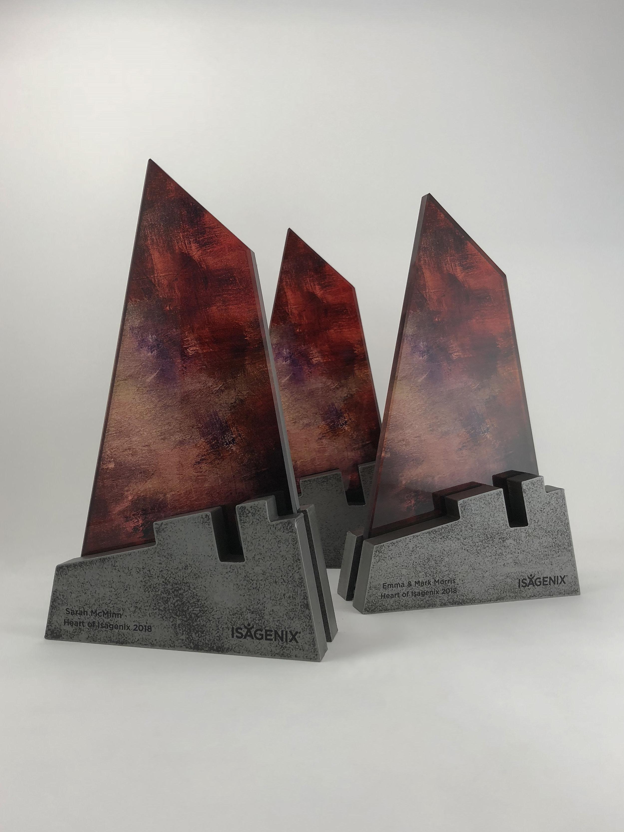 Heart-of-Isagenix-metal-glass-art-award-sculpture-trophy-06.jpg