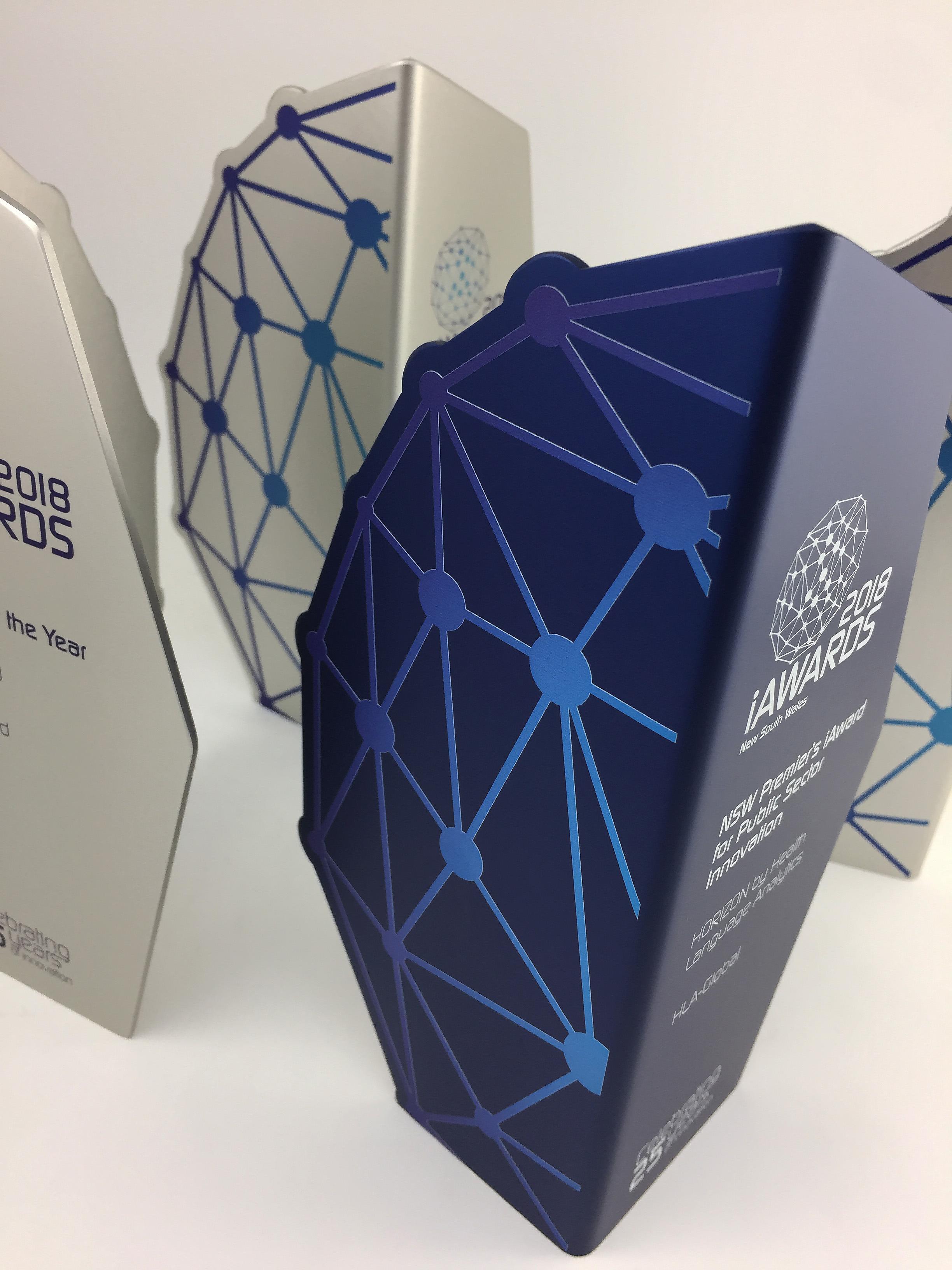 iawards-innovation-awards-2018-metal-trophy-05.jpg