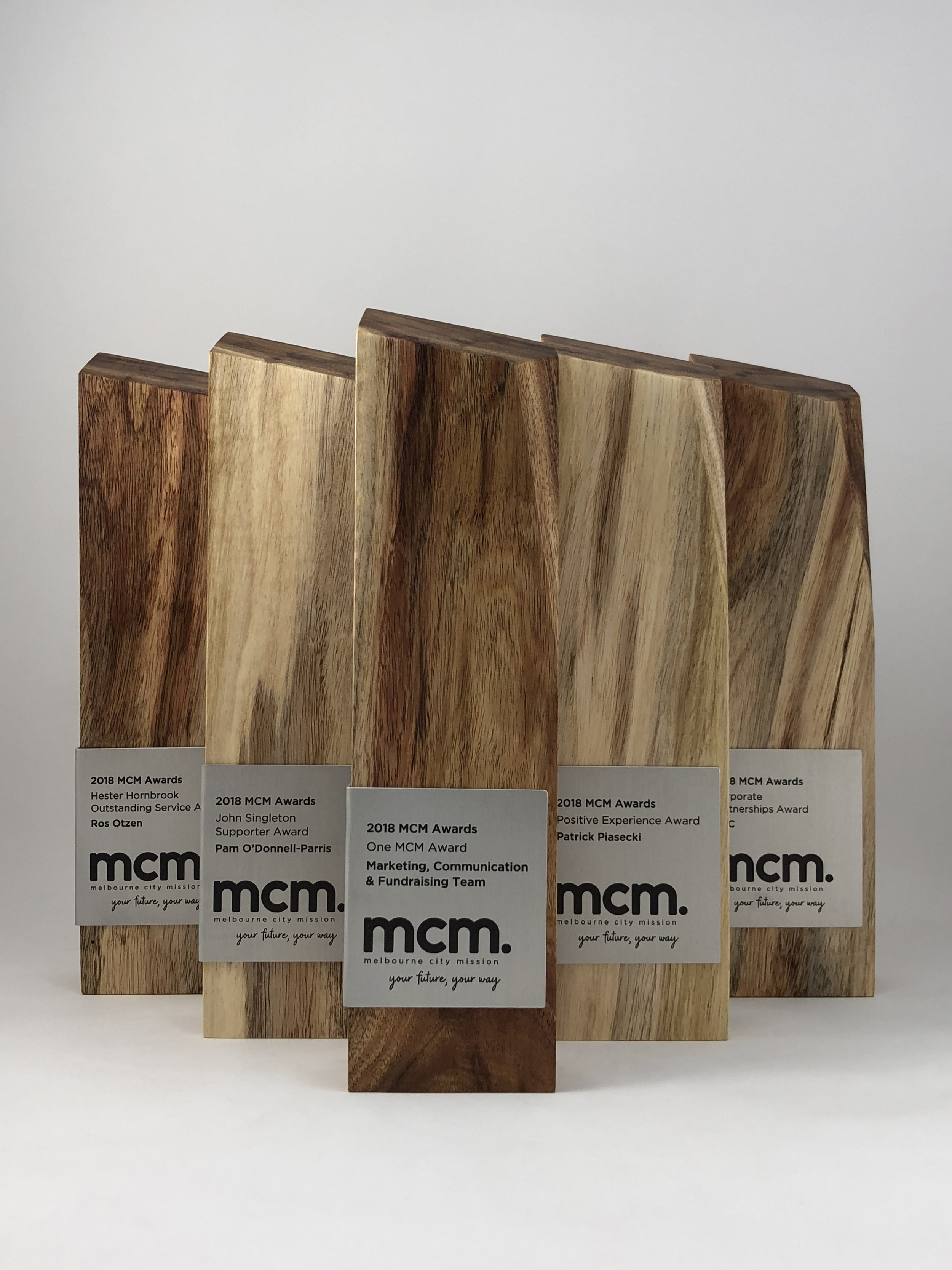 mcm-awards-reclaimed-eco-timber-chamfer-metal-trophy-07.jpg