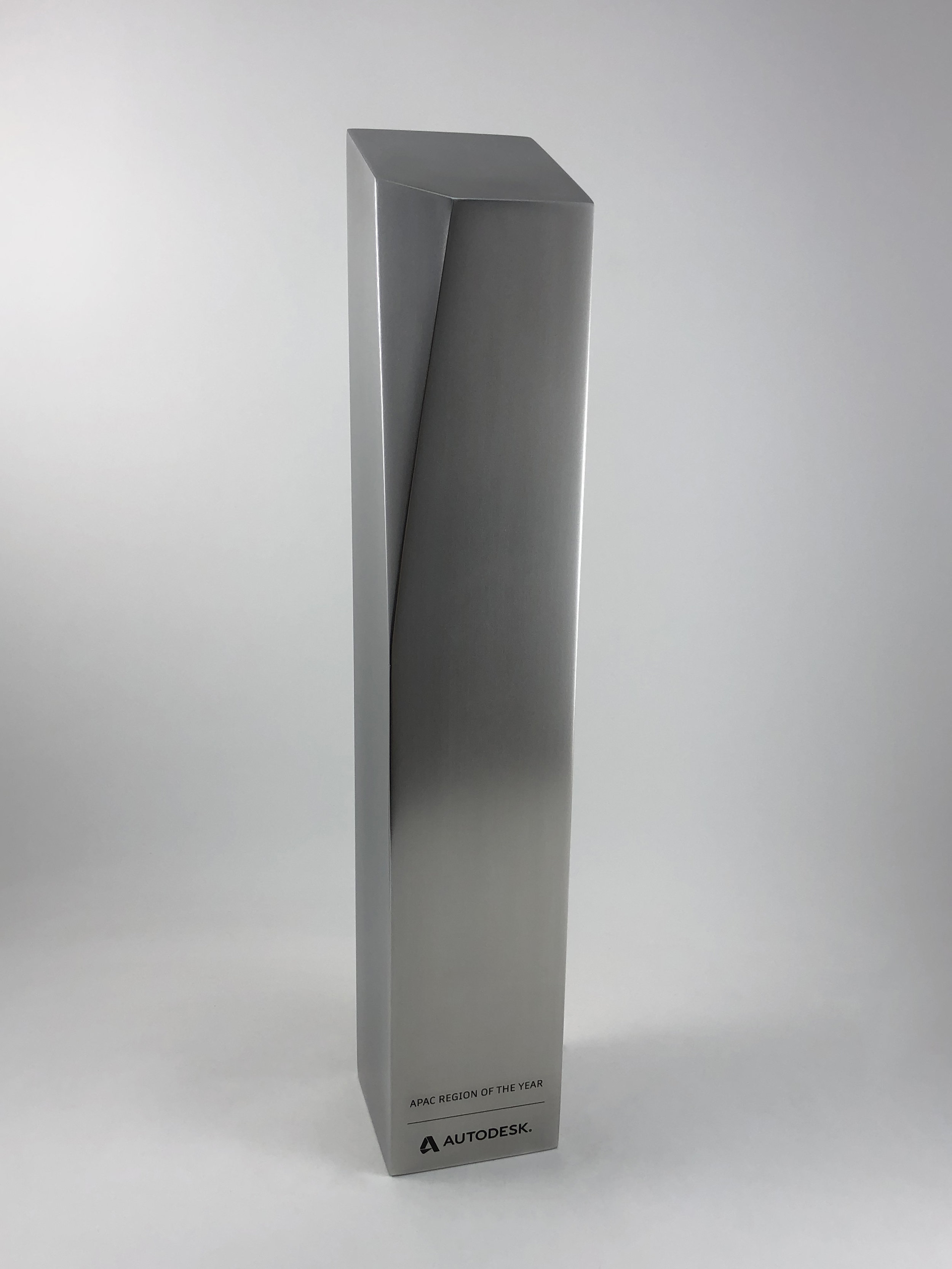 autodesk-apac-excellence-awards-acrylic-metal-graphic-art-print-trophy-08.jpg
