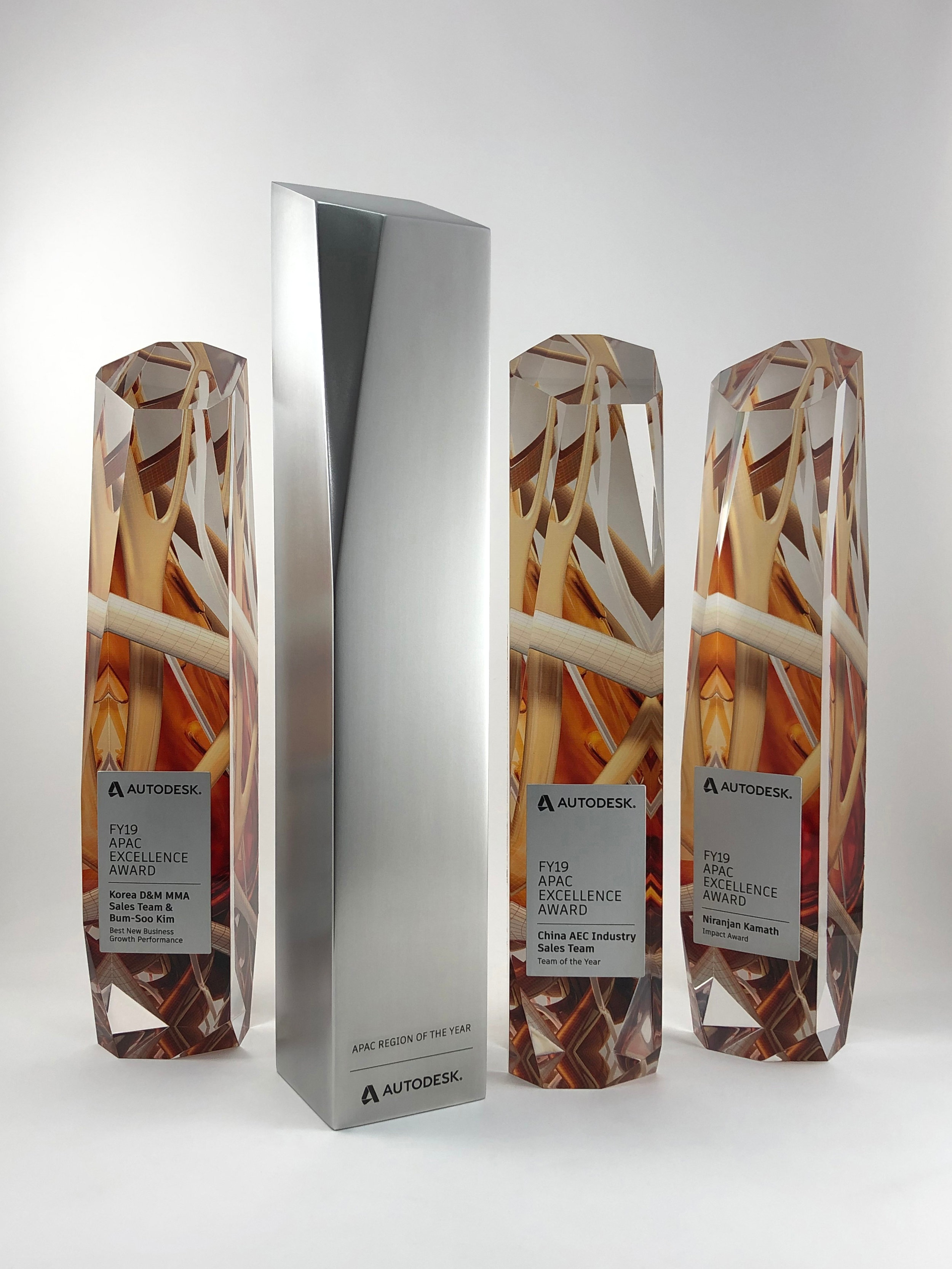 autodesk-apac-excellence-awards-acrylic-metal-graphic-art-print-trophy-02.jpg