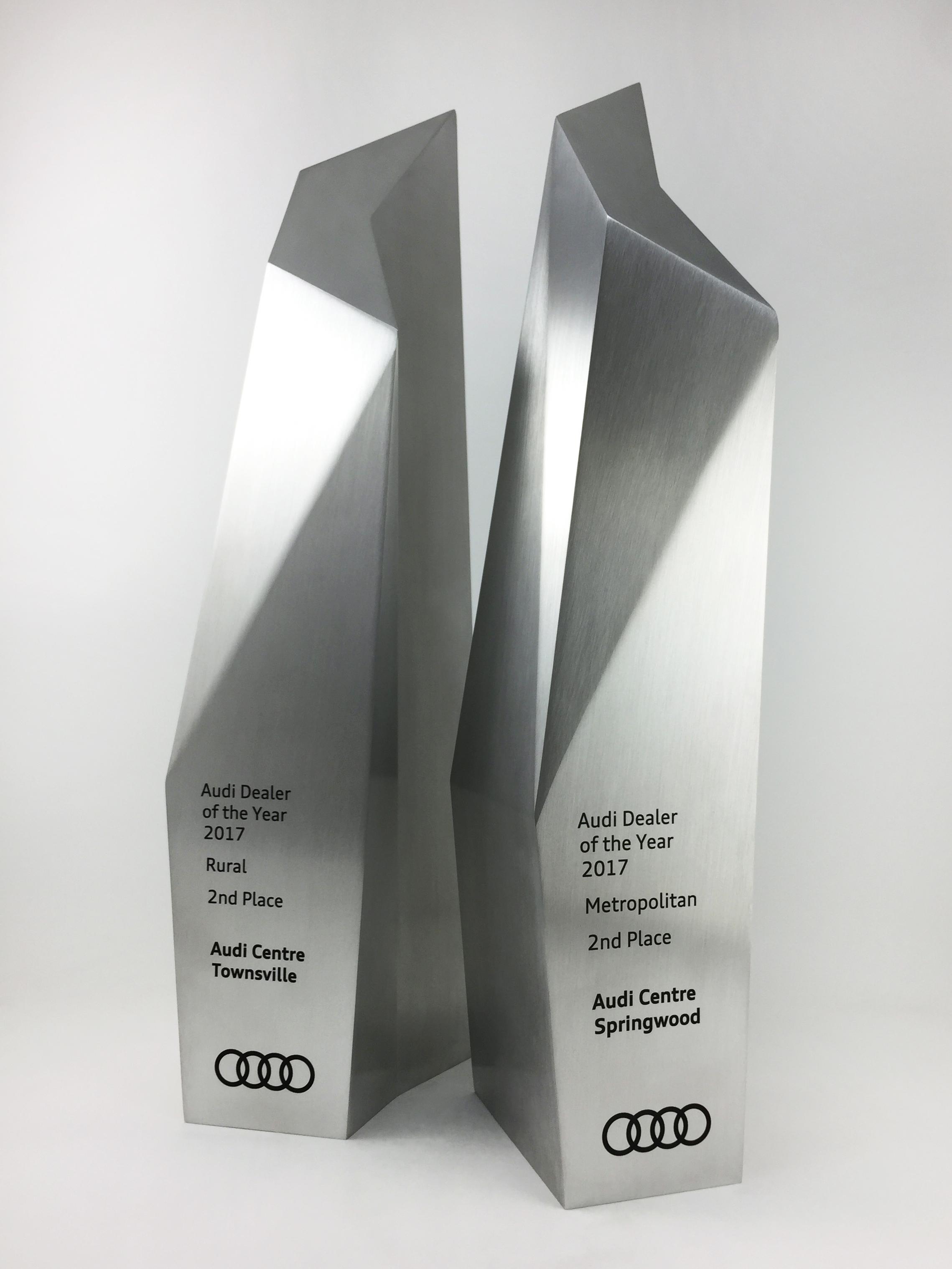 audi-metal-art-sculpture-award-trophy-05 copy.jpg