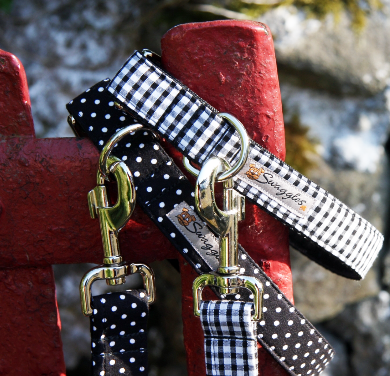 SWAGGLES  Inspired by a love of dogs, art and design, these collars & leads are really unique. Find the perfect match for your pooch.
