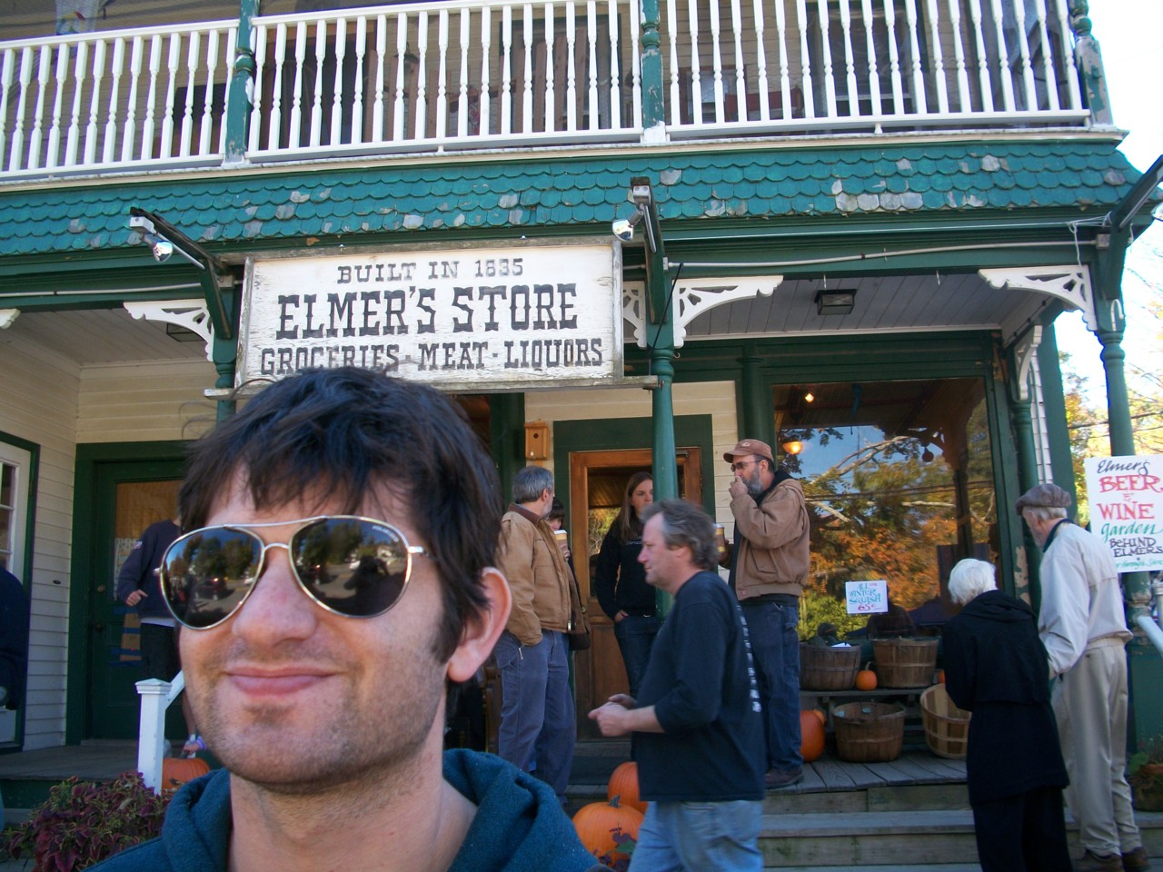 Every weekend, I want to have pancakes at Elmer's Store.