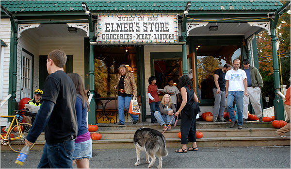 Gilmore Girls fans, let it be known that Luke's Diner exists:   Elmer's Store  , a general store/delicious breakfast joint, in Ashfield, MA, is nearly spooky. And totally delicious. I am going there this weekend and I can't wait!