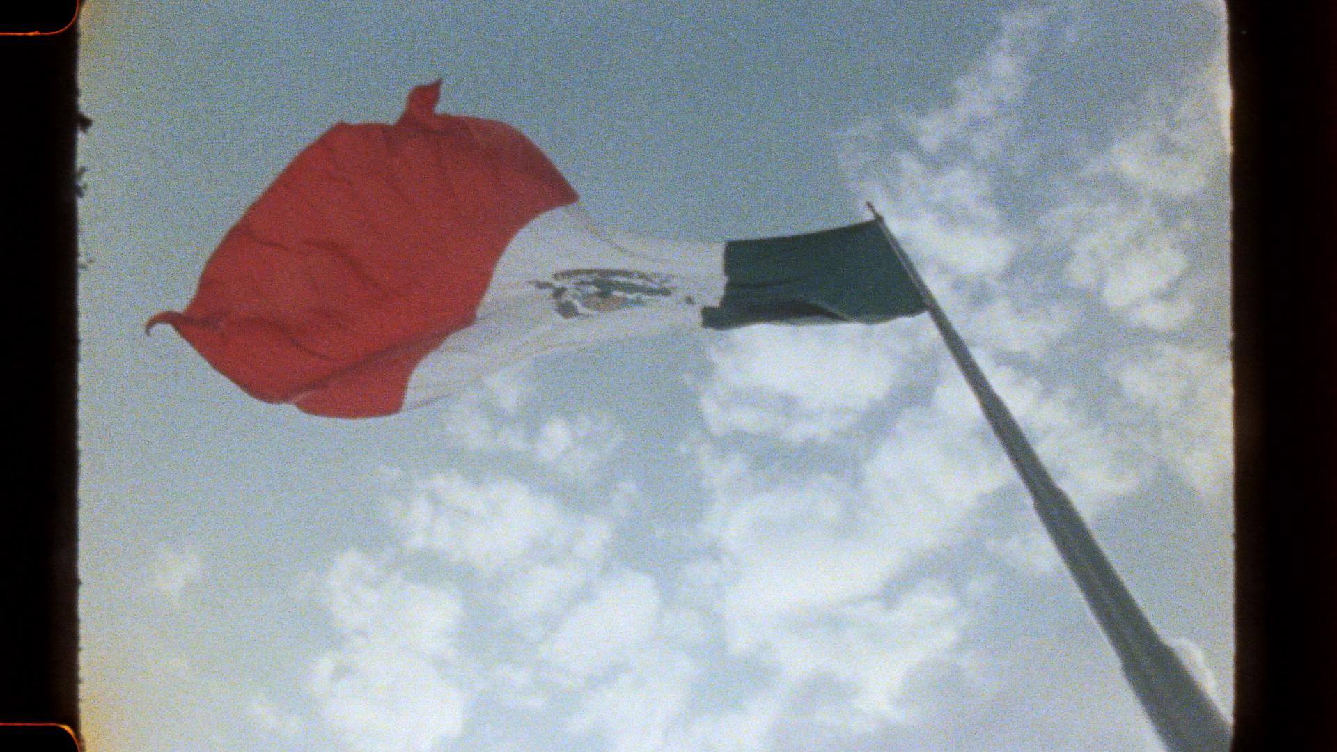 HERMANOS_01_MEXICO_DIGITAL_FINAL.01_14_46_14.Still012.jpg