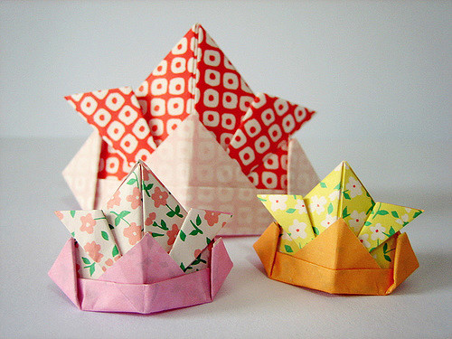 Learn the basics of Origami with  JAFAX  (Japanese Animation Film and Art Expo)