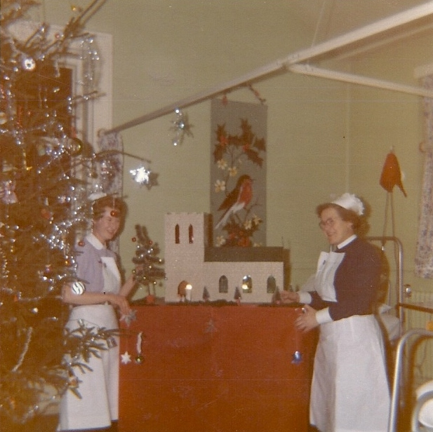 Christmas on the ward at WRI Castle Street 1970s.jpg