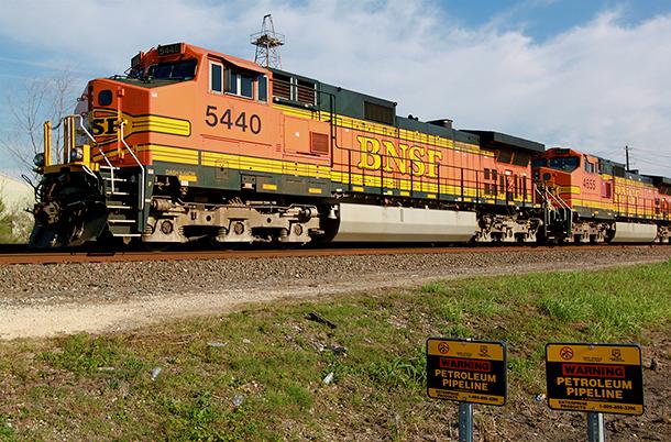 RAIL-SAFETY--cu-BNSF-train.png