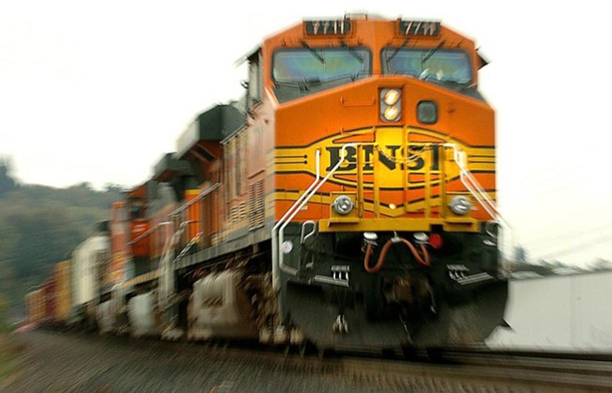 1121_met_BNSF_Locomotive_t670_1-1226x0-c-default.jpg