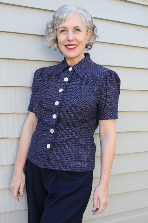 Sport Togs Blouse - Untucked