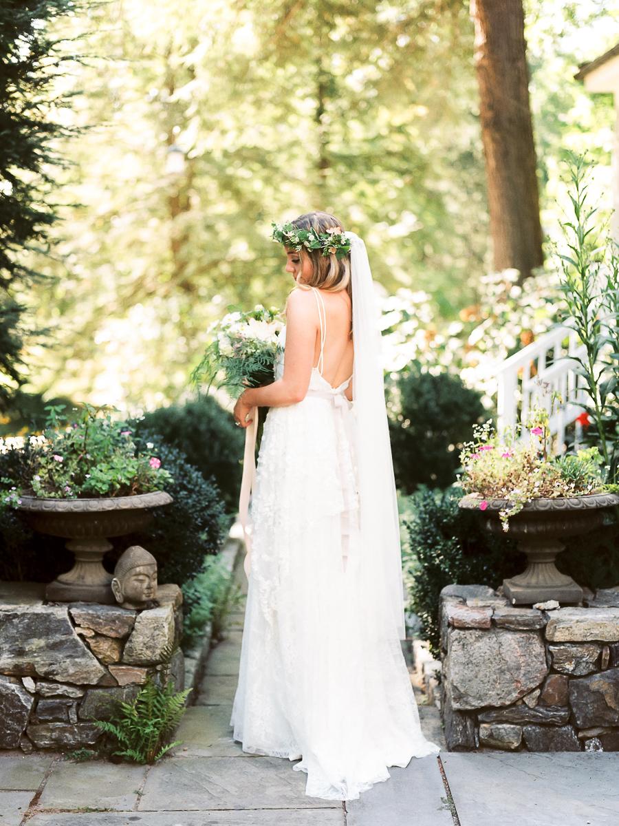 Bedford-New-York-Wedding-Chapel-in-the-Woods-007.jpg