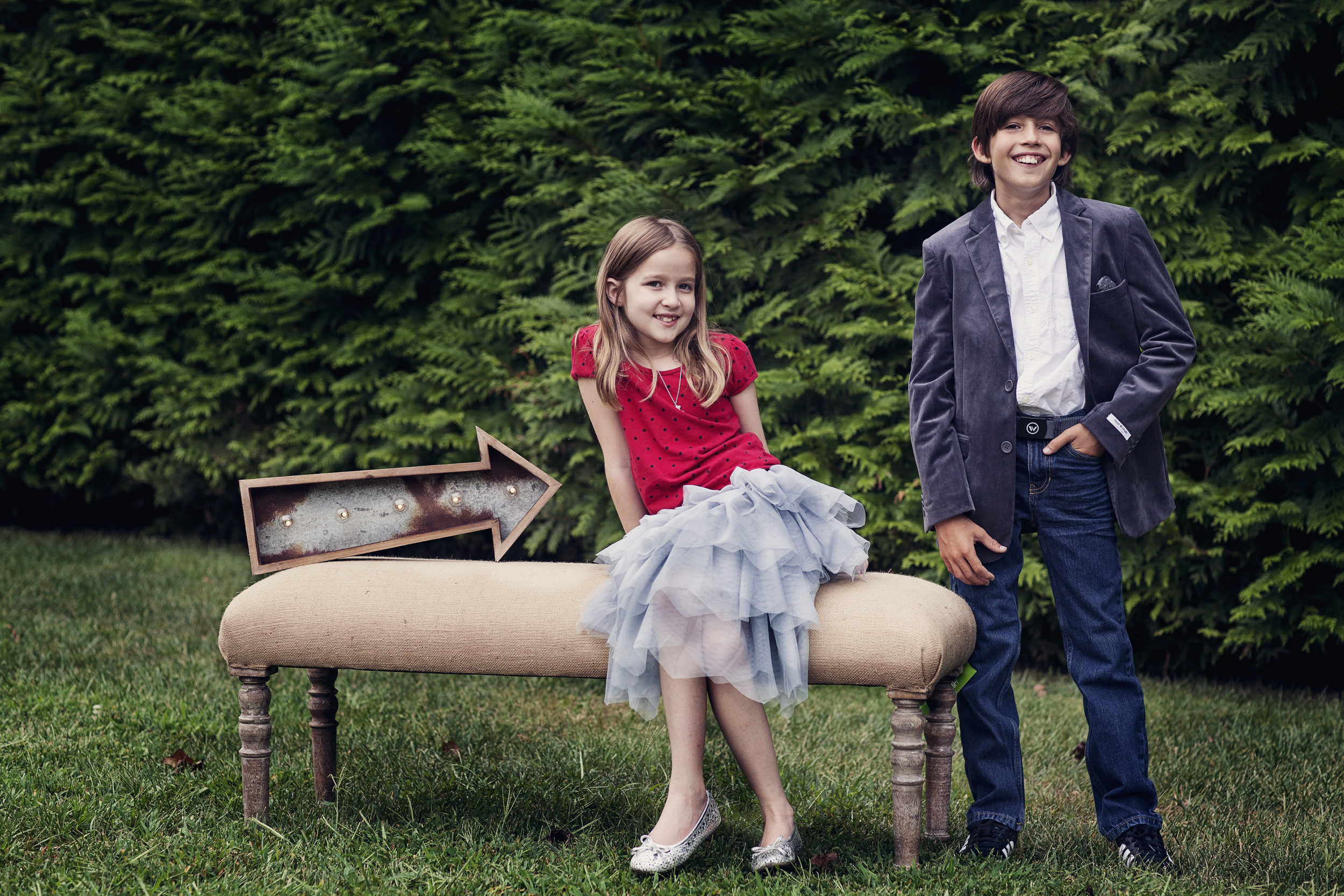 styled kids shoot session outdoors goofy fun christmas red blue maryland atlanta two siblings brother sister marietta alpharetta