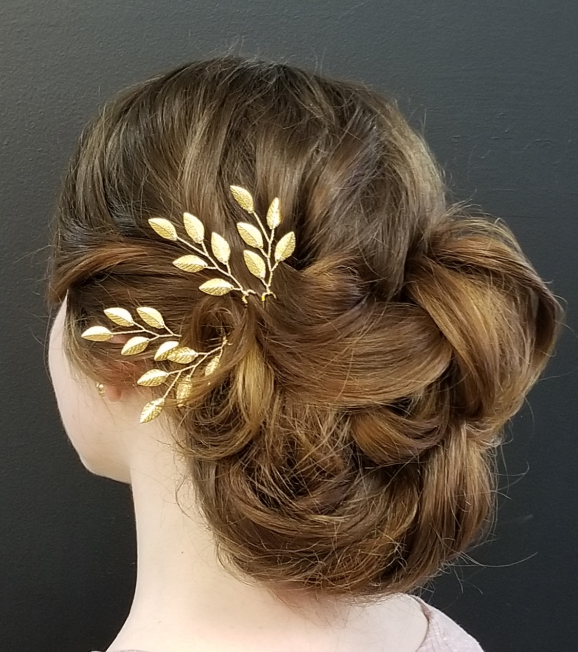 Wedding Hairstyles, Bridal Hairstyle, Looping Romantic Bridal Style Luminous Beauty Stylist.jpg