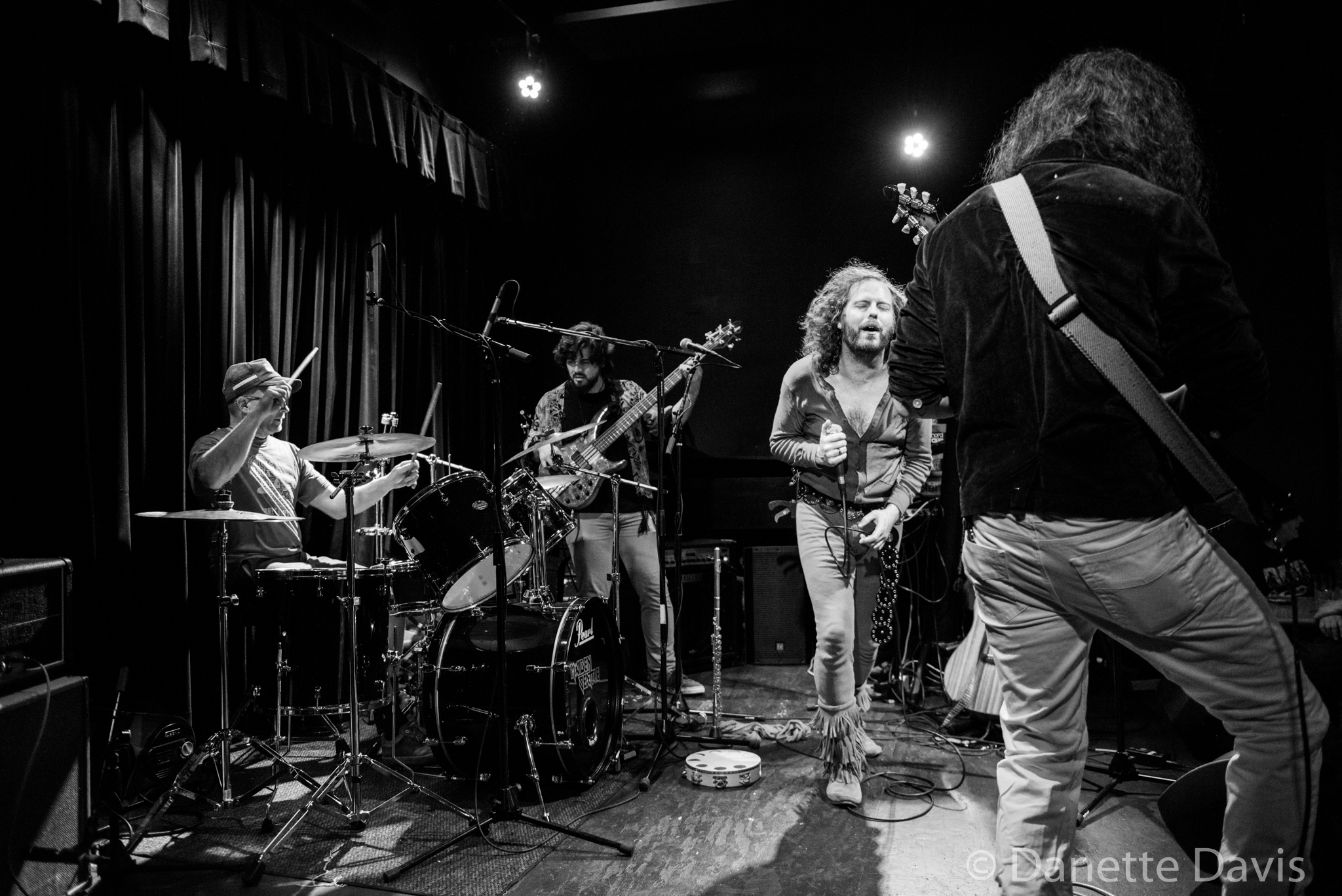 Moon Letters, Seaprog, Royal Room, 2017 R-L: Dave Webb, Kelly Mynes, Mike Murphy, and Michael Trew