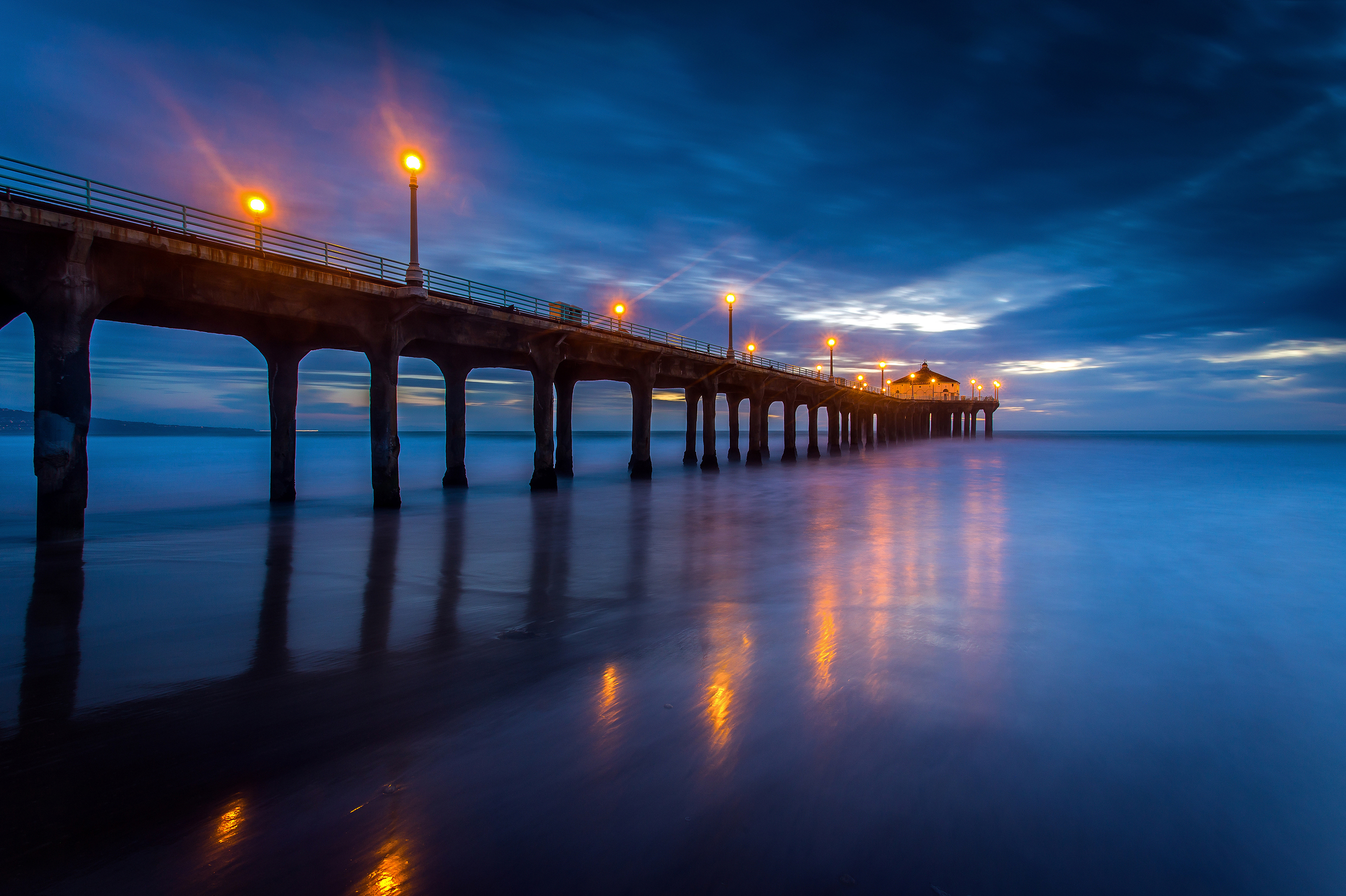 Manhattan Beach Pier.jpg