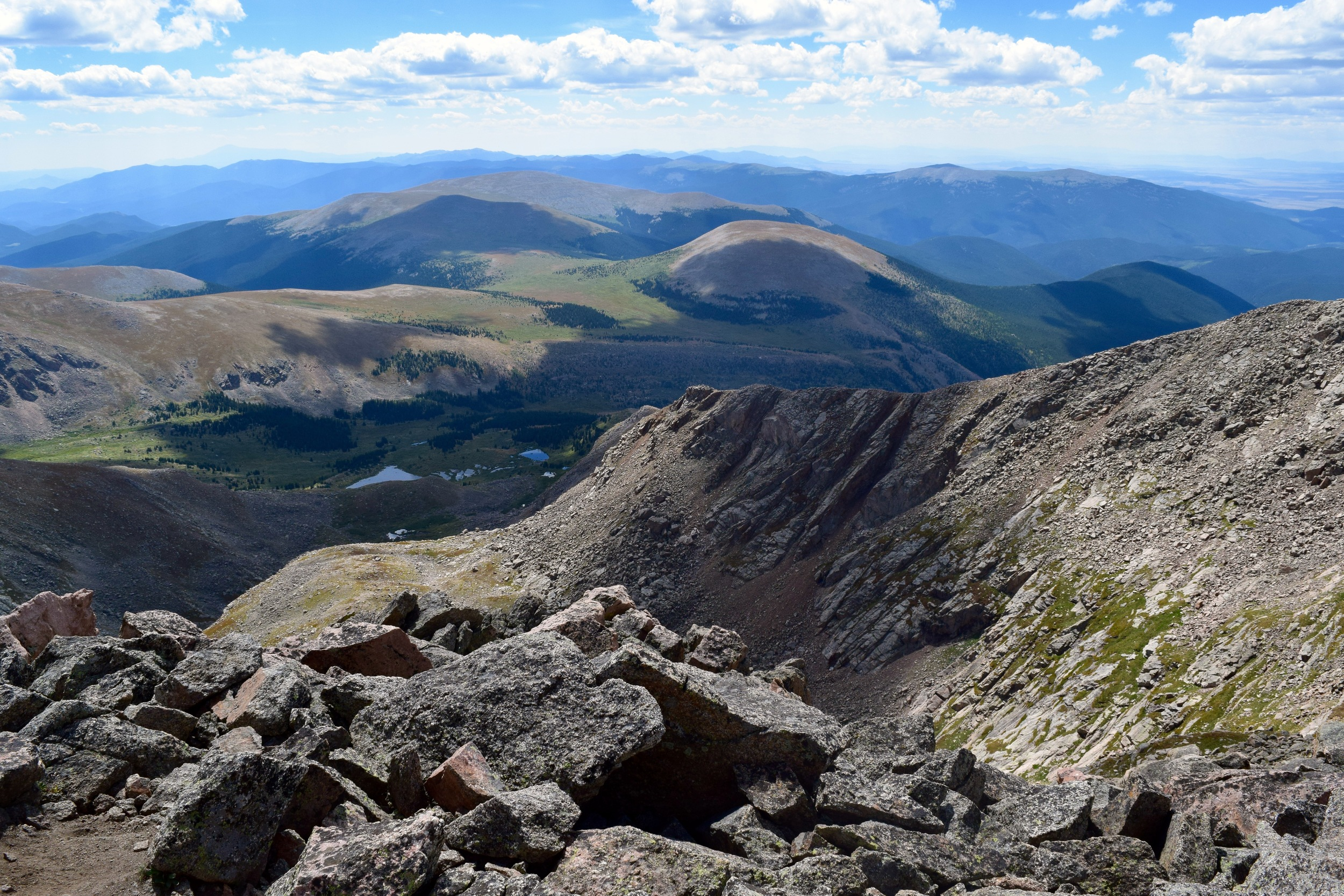View down the East side of Mount Bierstadt