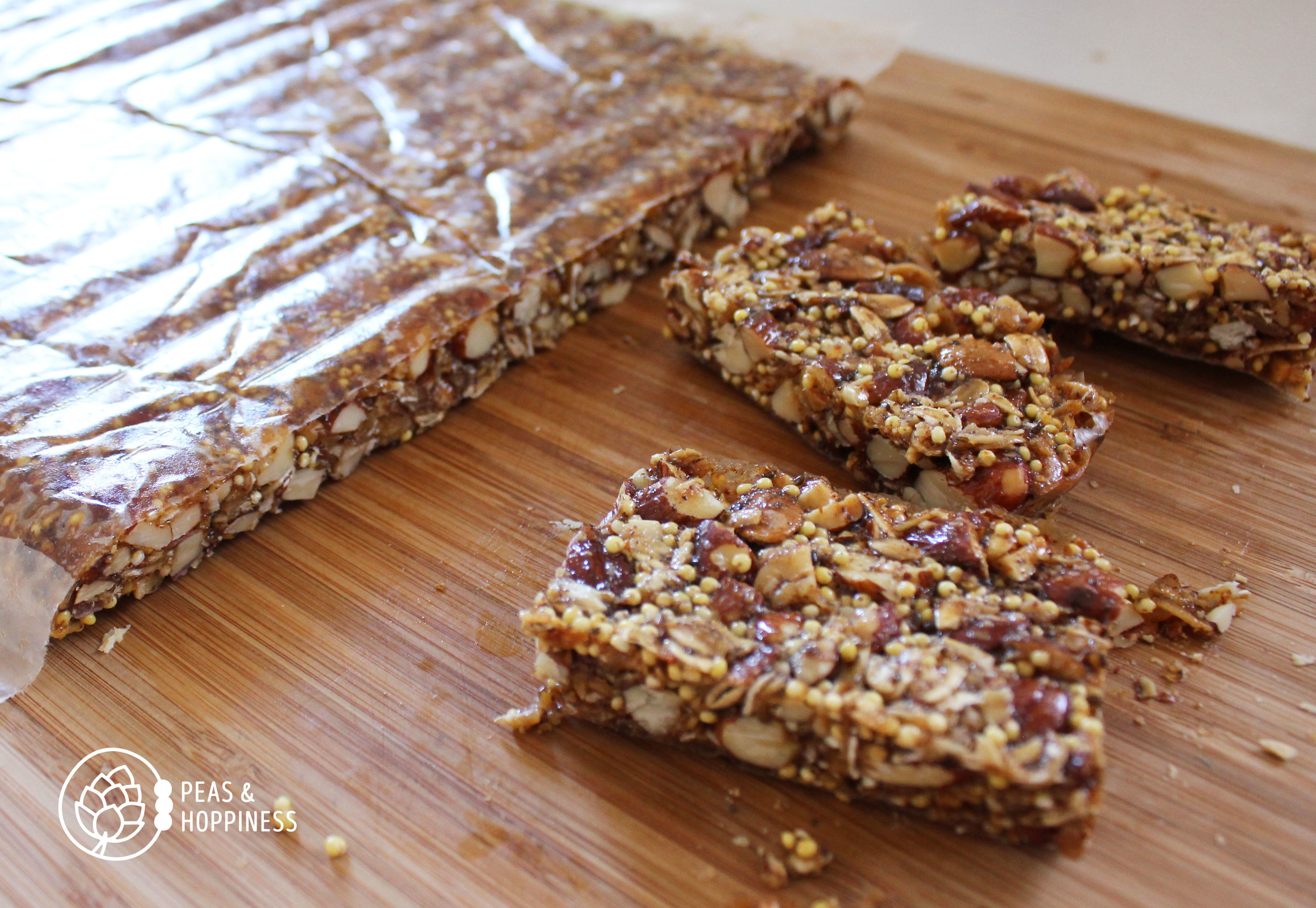 Savory Granola Bars from Peas and Hoppiness - www.peasandhoppiness.com