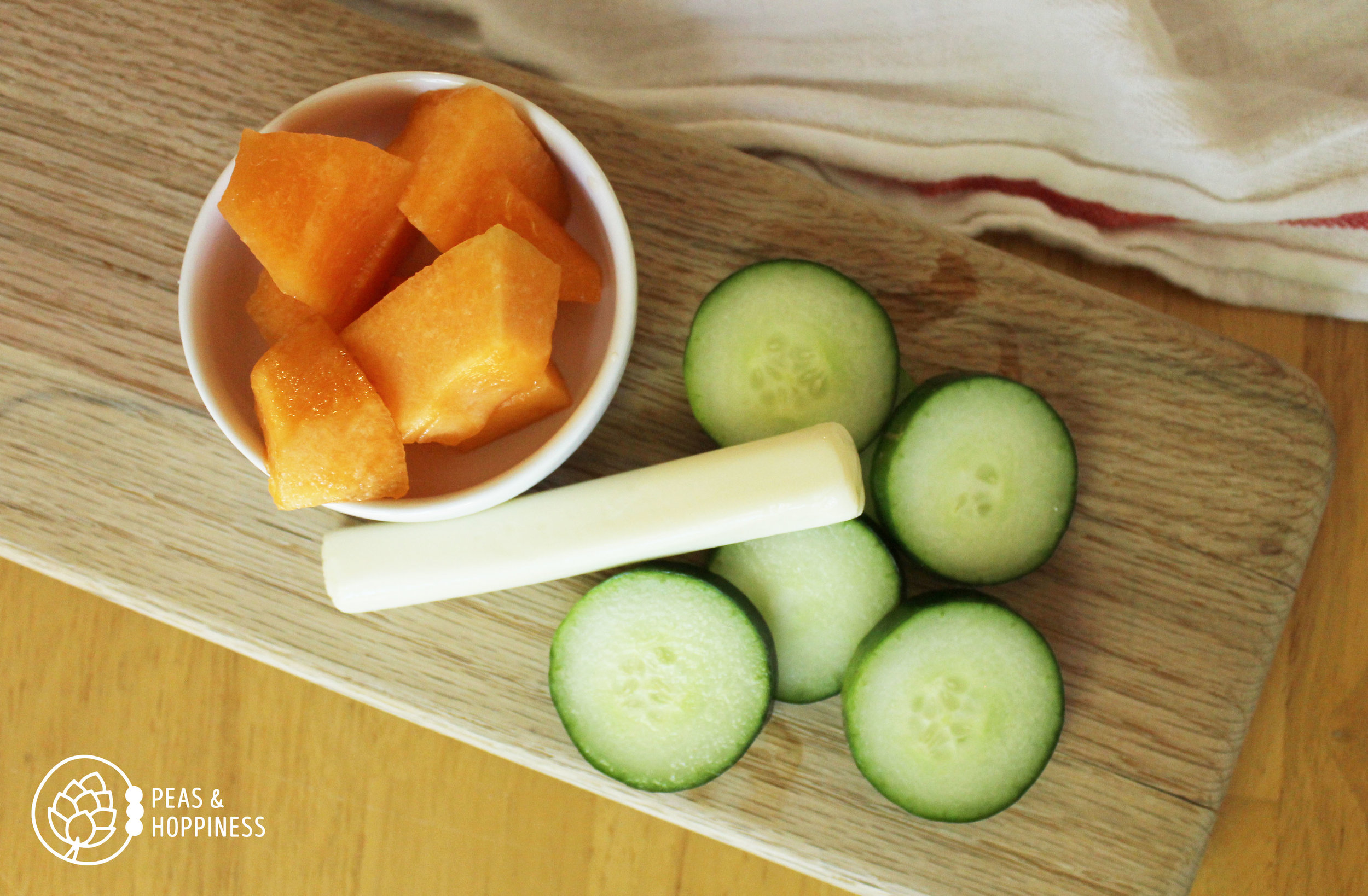 Lunch idea: string cheese + cantaloupe + cucumber slices