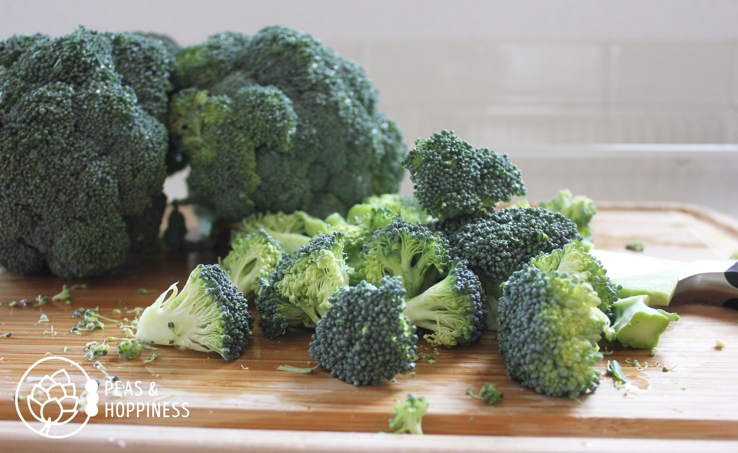 Tip #1 for practicing a keto diet: eat your non-starchy veggies! Try this recipe for  Roasted Broccoli