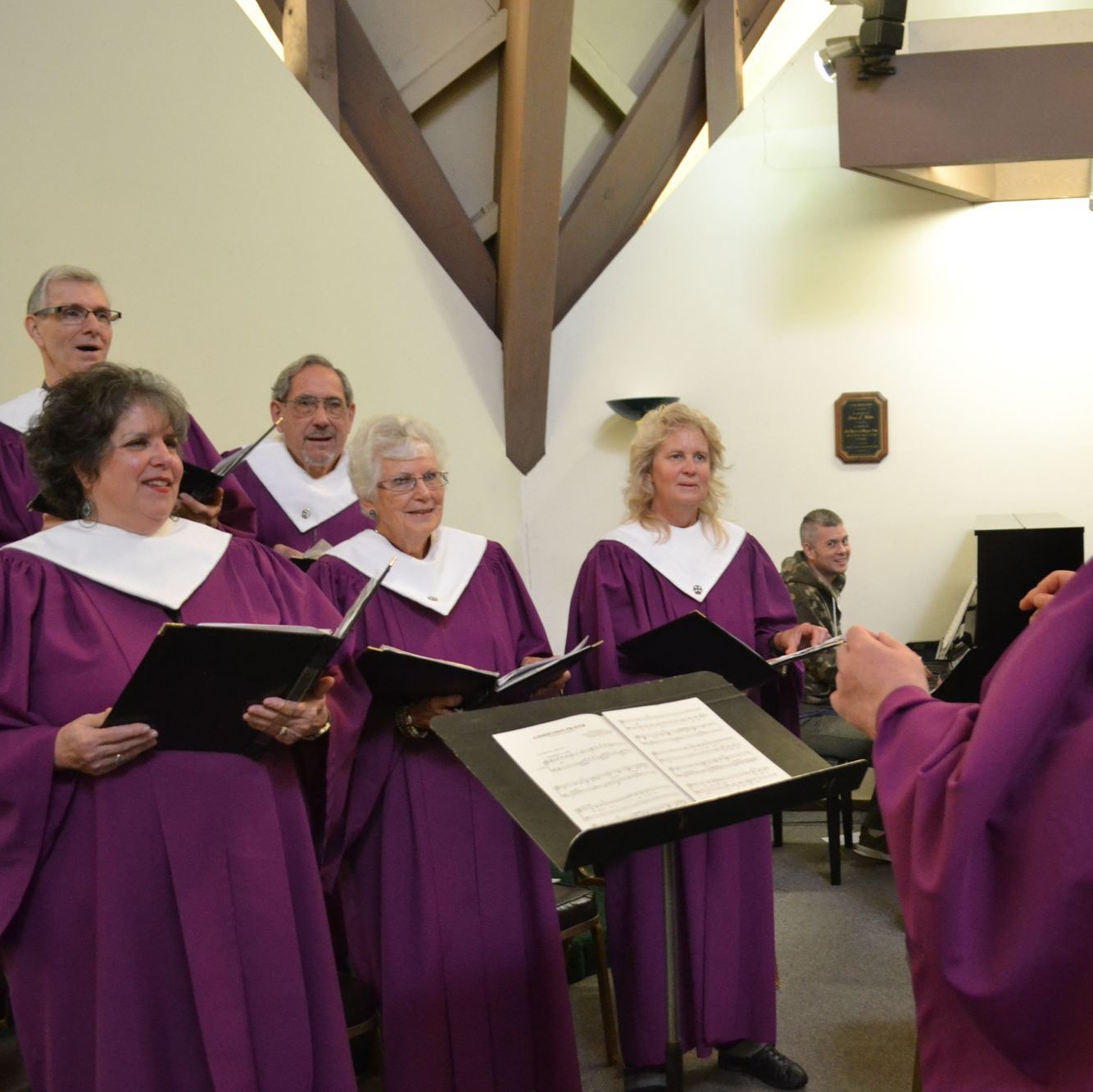 UNited church of christ choir singing a hymn