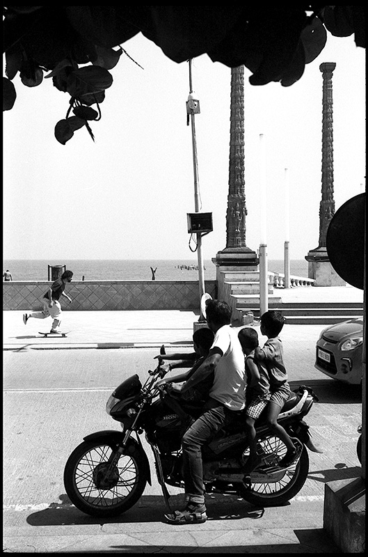 PP14indiamiscsoybike1web.jpg