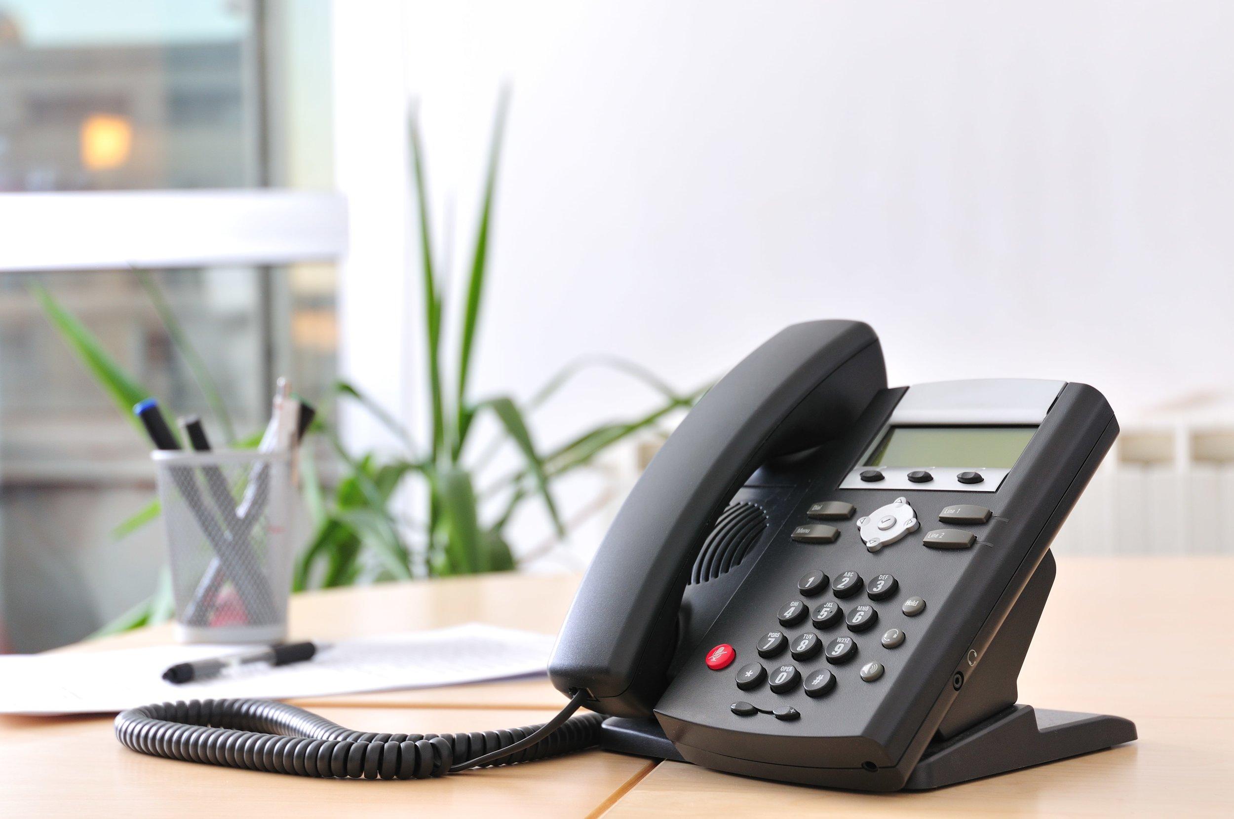 Canva - bytek-VoIP-Phones-min.jpg