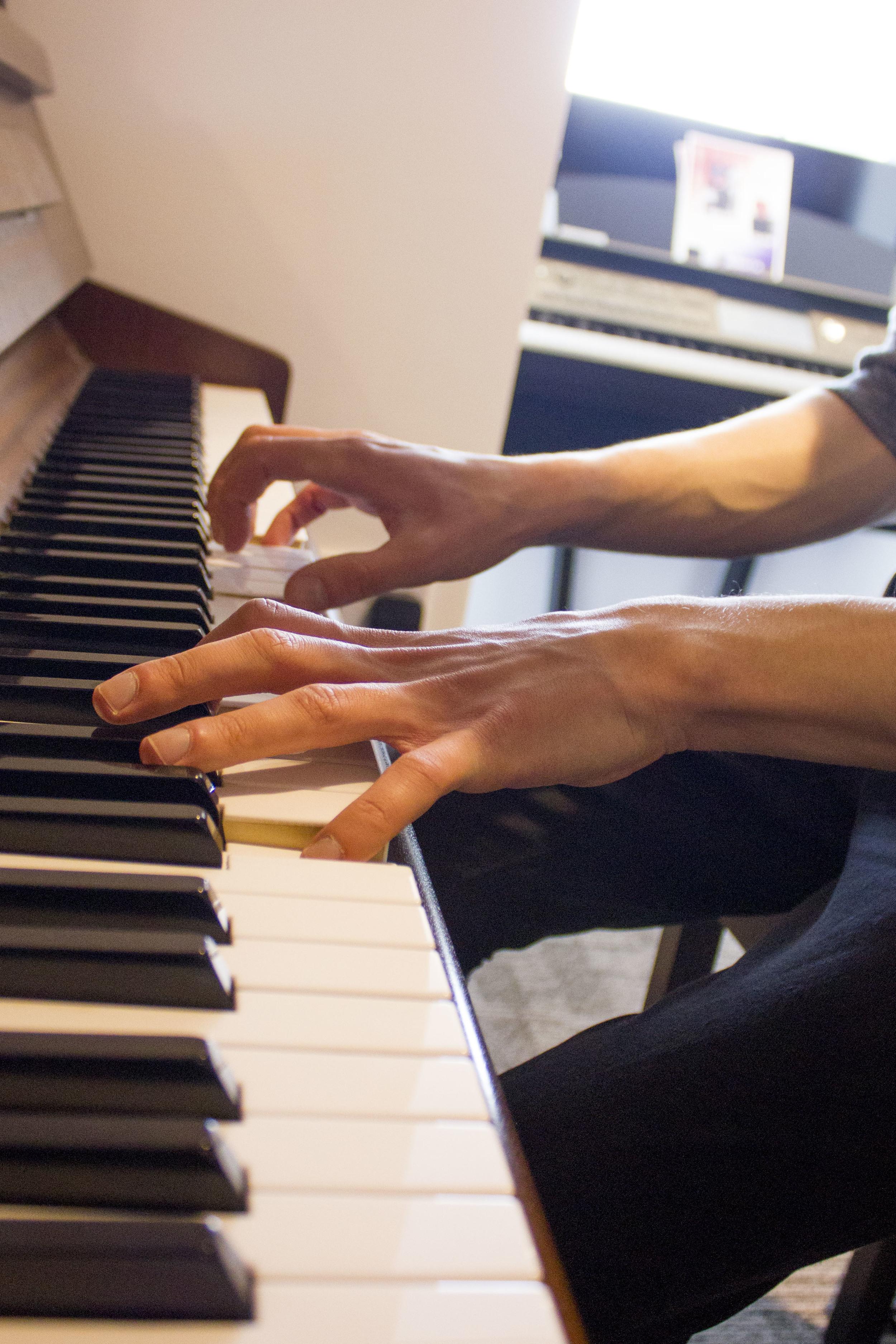 Wrk Exp Piano.JPG