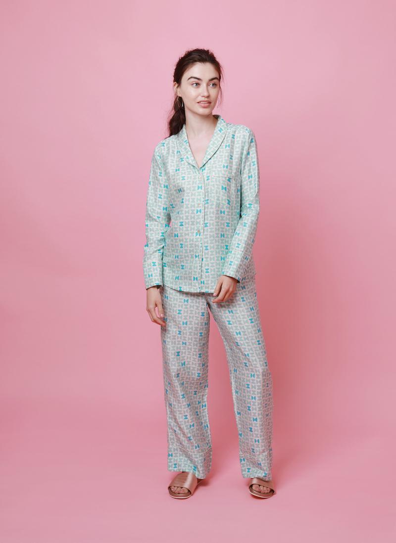 varanasi-blue-mulberry-silk-pyjamas.jpg