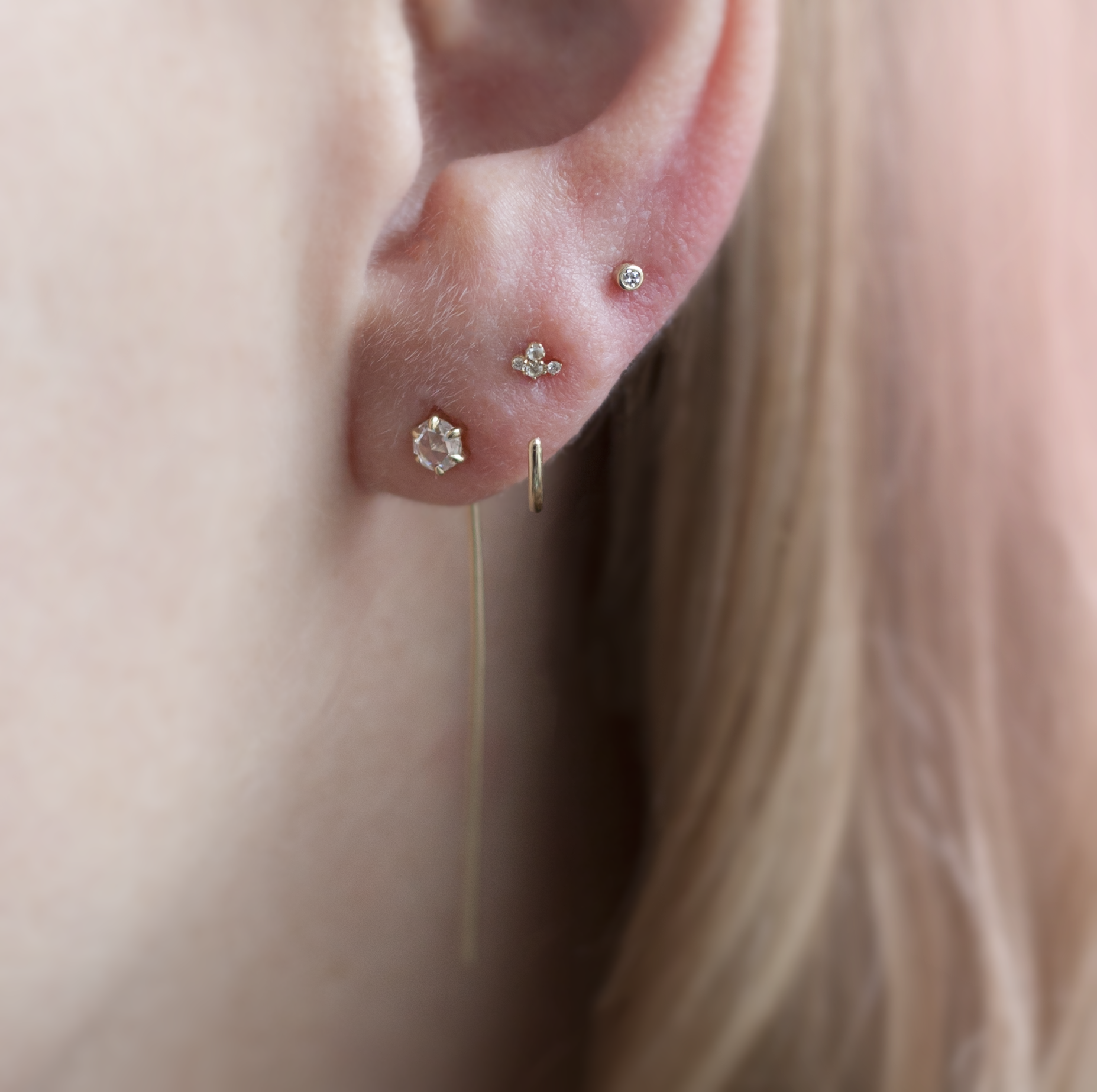 Tiny Diamond Gold Earring Stud