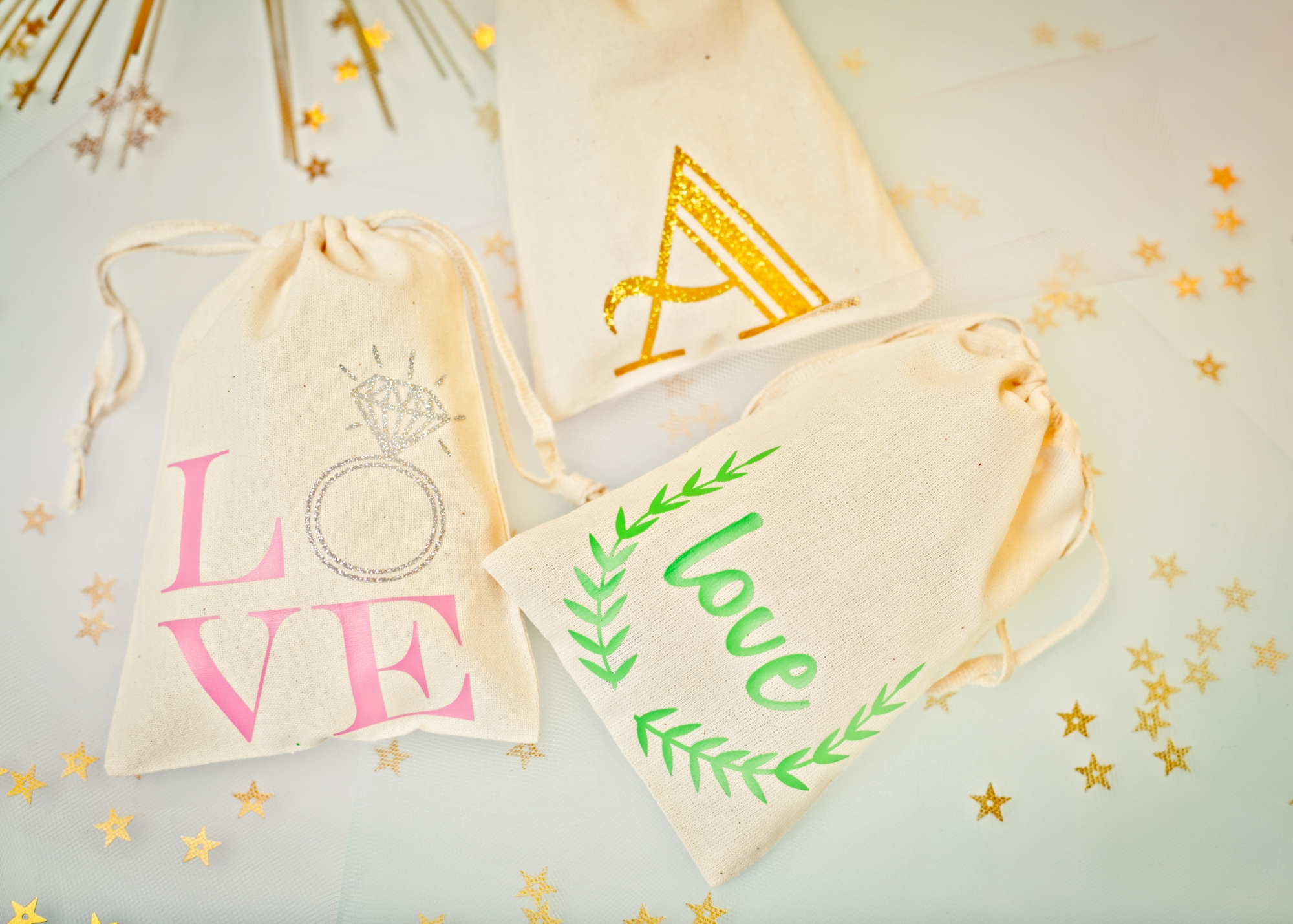 Personalized Muslin Pouch-www.thedetaileddiva.com.jpg
