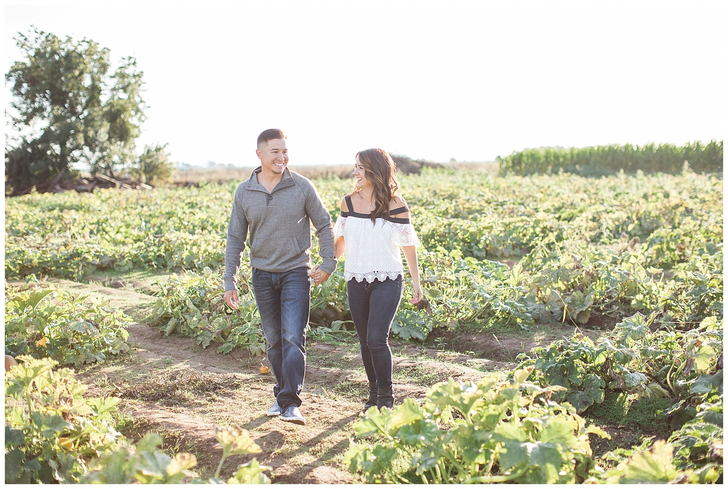 keemas-pumpkin-patch-elk-grove-sacramento-engagement-photographer-fall-autumn-californiaNICOLEQUIROZ_01.jpg