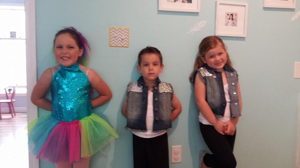 preschool dancers.jpg