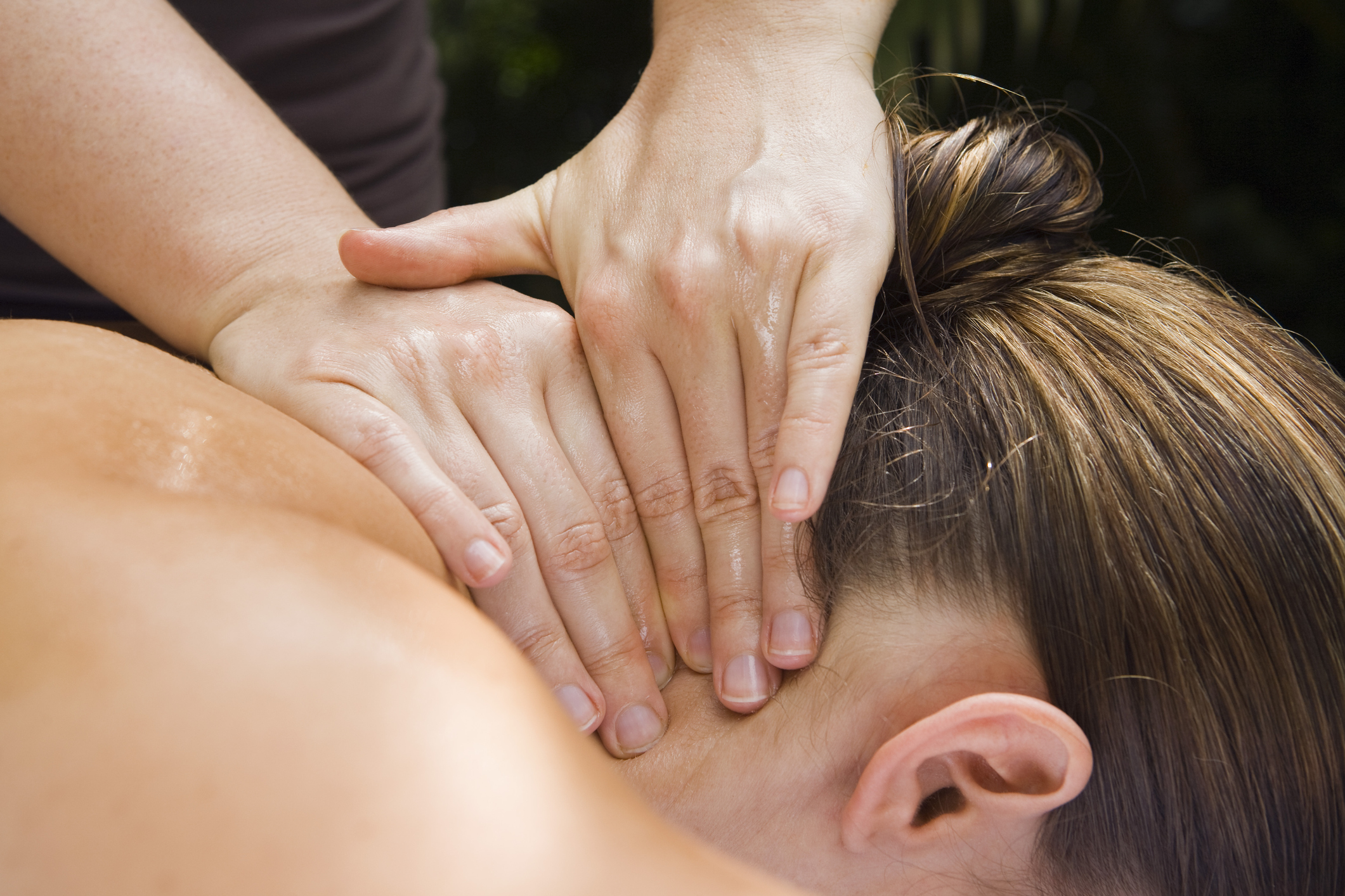 Meridian Massage is an oil-based massage that incorporates Deep Tissue massage, Swedish massage and Acupressure.
