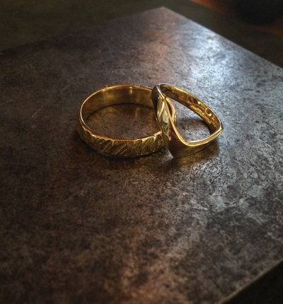 18K gold his and her's wedding bands