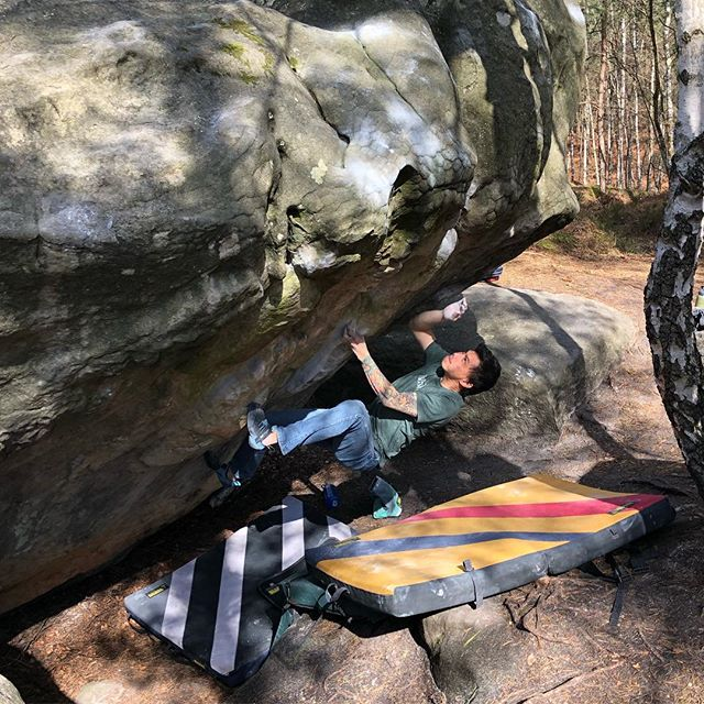 Climbing is awesome! 📸 @hillaryguzik #thecliffscommunity #fontainebleau