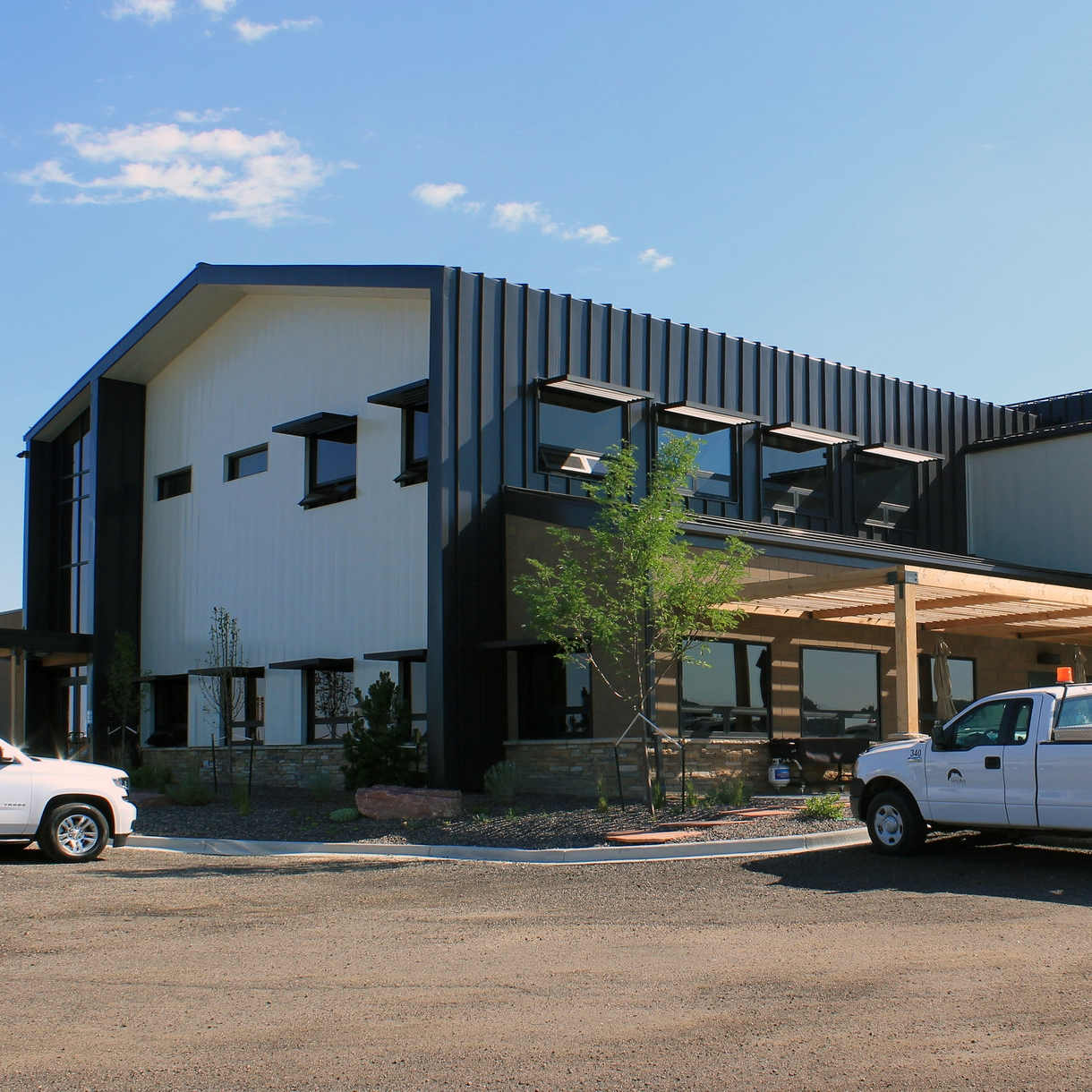 UTILITIES OPERATIONS & MAINTENANCE BUILDING - Town of Castle Rock, CO