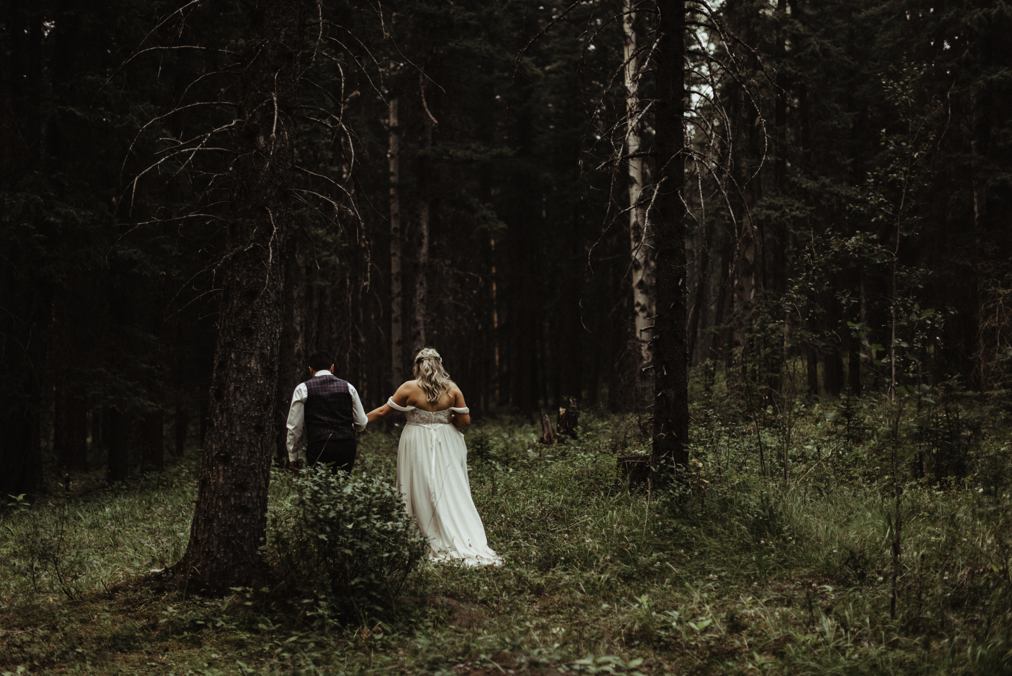 W+J - Calgary Wedding Photographer - Ghost Lake - Rocky Mountain Wedding-86.jpg