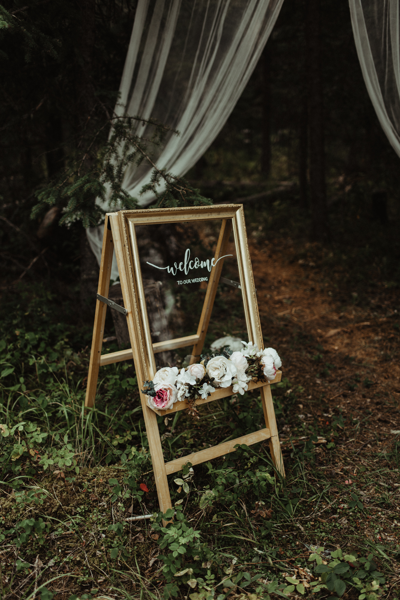 W+J - Calgary Wedding Photographer - Ghost Lake - Rocky Mountain Wedding-13.jpg