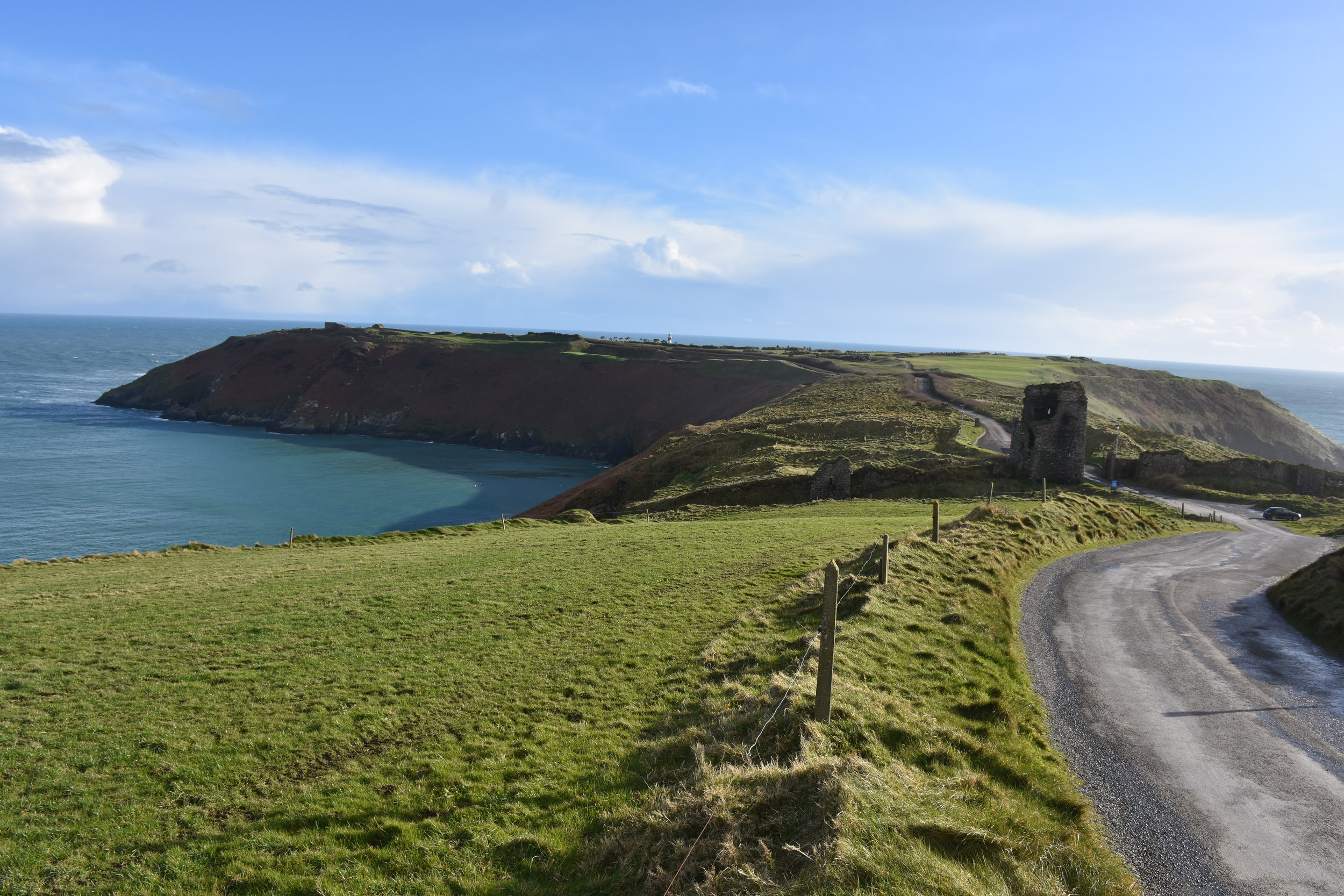 The approach to Old Head. Note, I'm on the left side of the road. Topsy turvy.