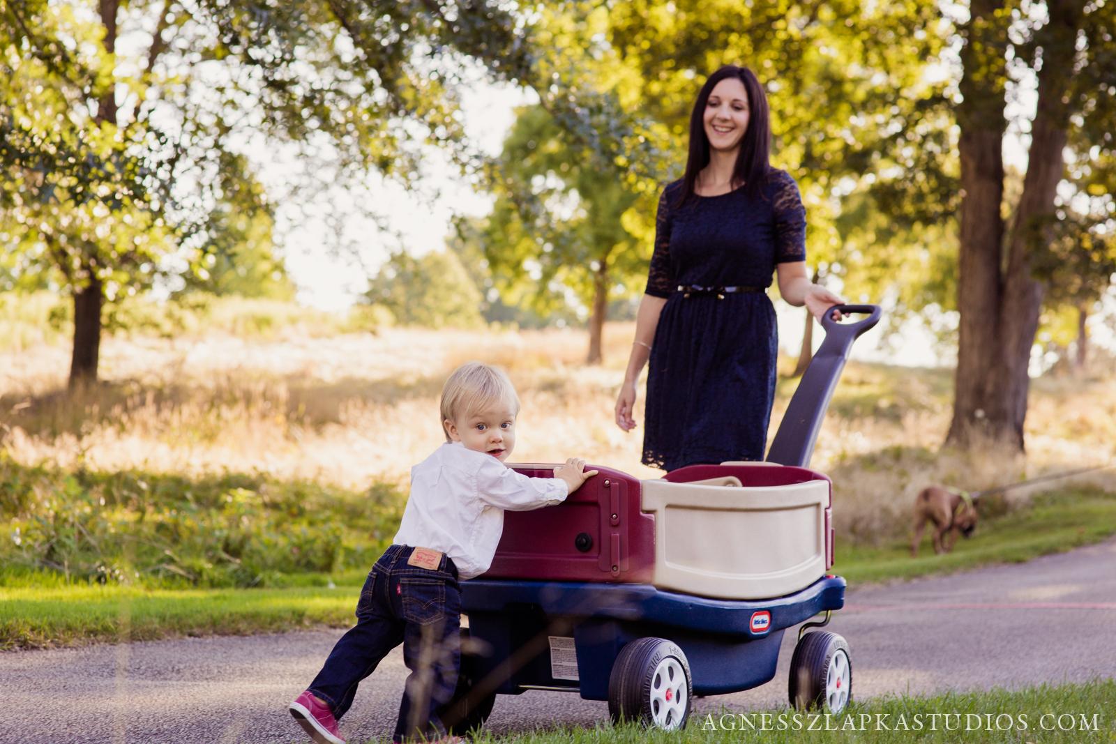 Family of Three, Cleveland, Ohio Lifestyle Photographer