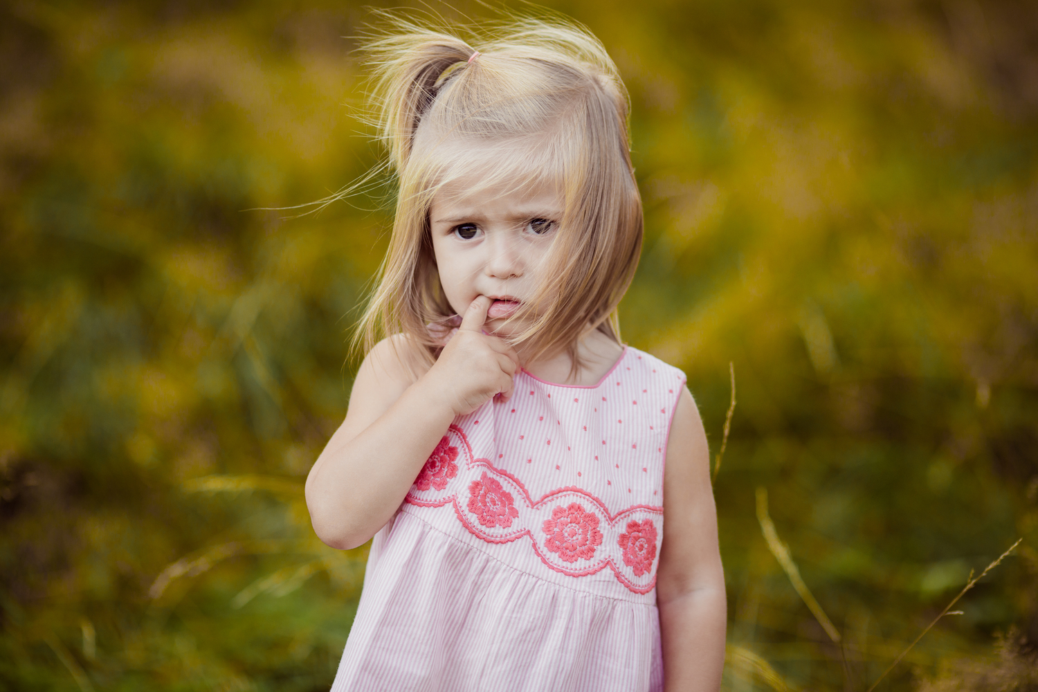 two year old girl finger in mouth | cleveland heights portraits