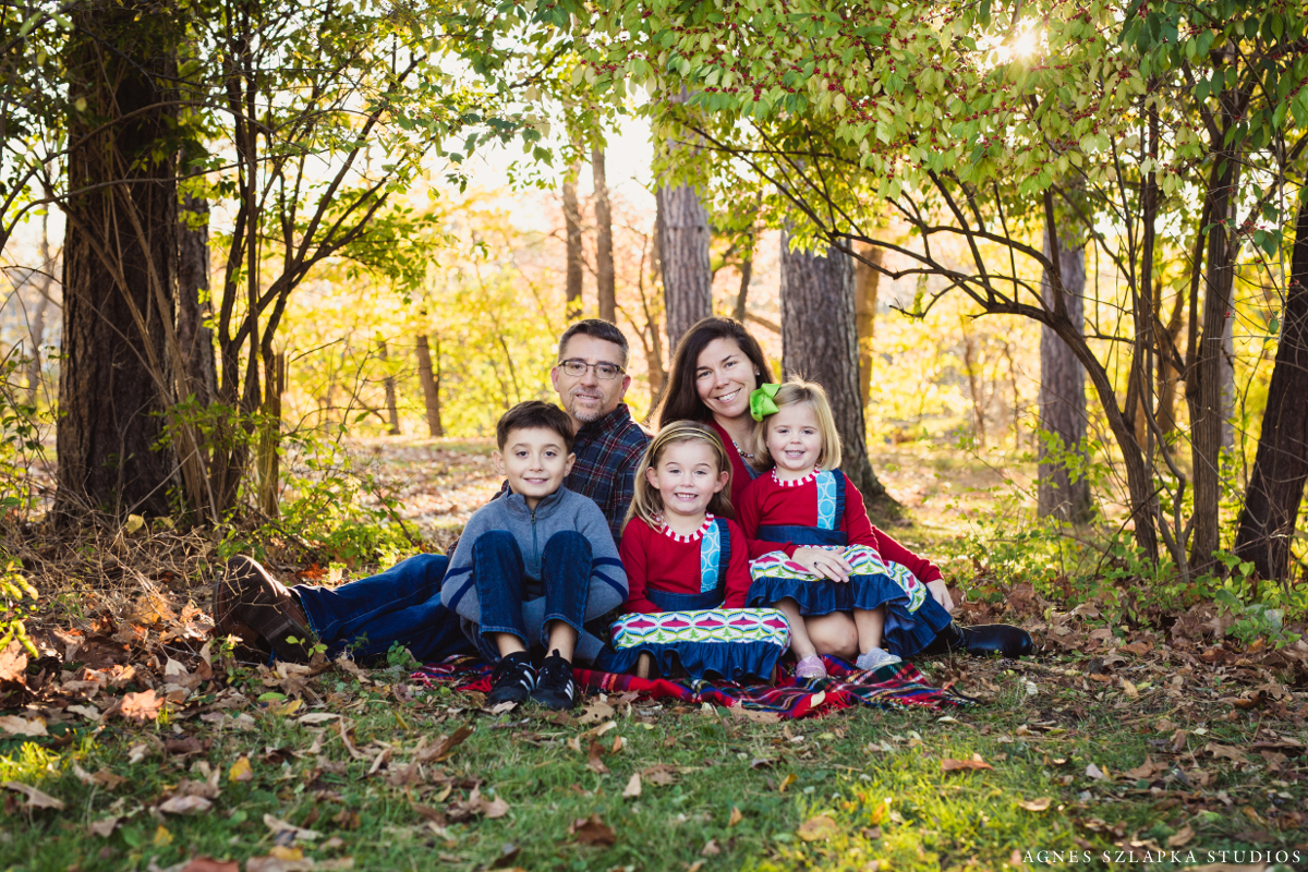 family of five fall pictures | cleveland, ohio kids photographer
