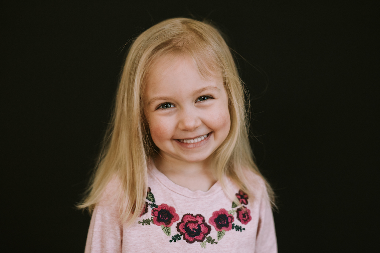 blond hair preschool girl smiling | cleveland portrait school photographer